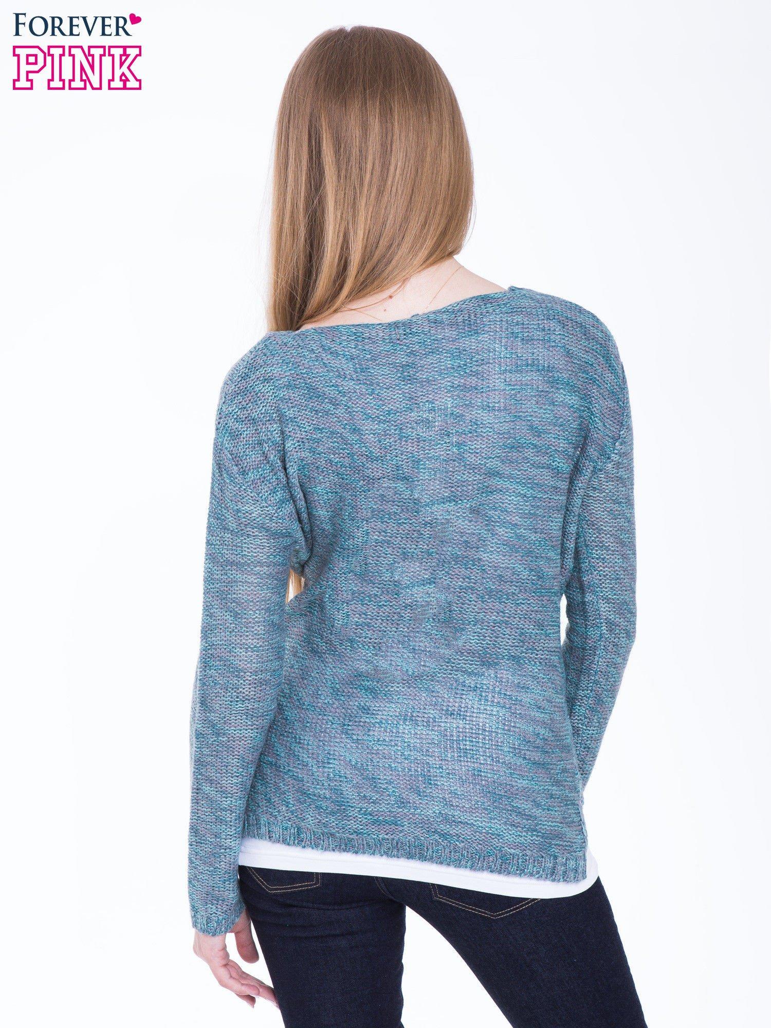 Morski sweter z warkoczowym splotem z przodu                                  zdj.                                  3
