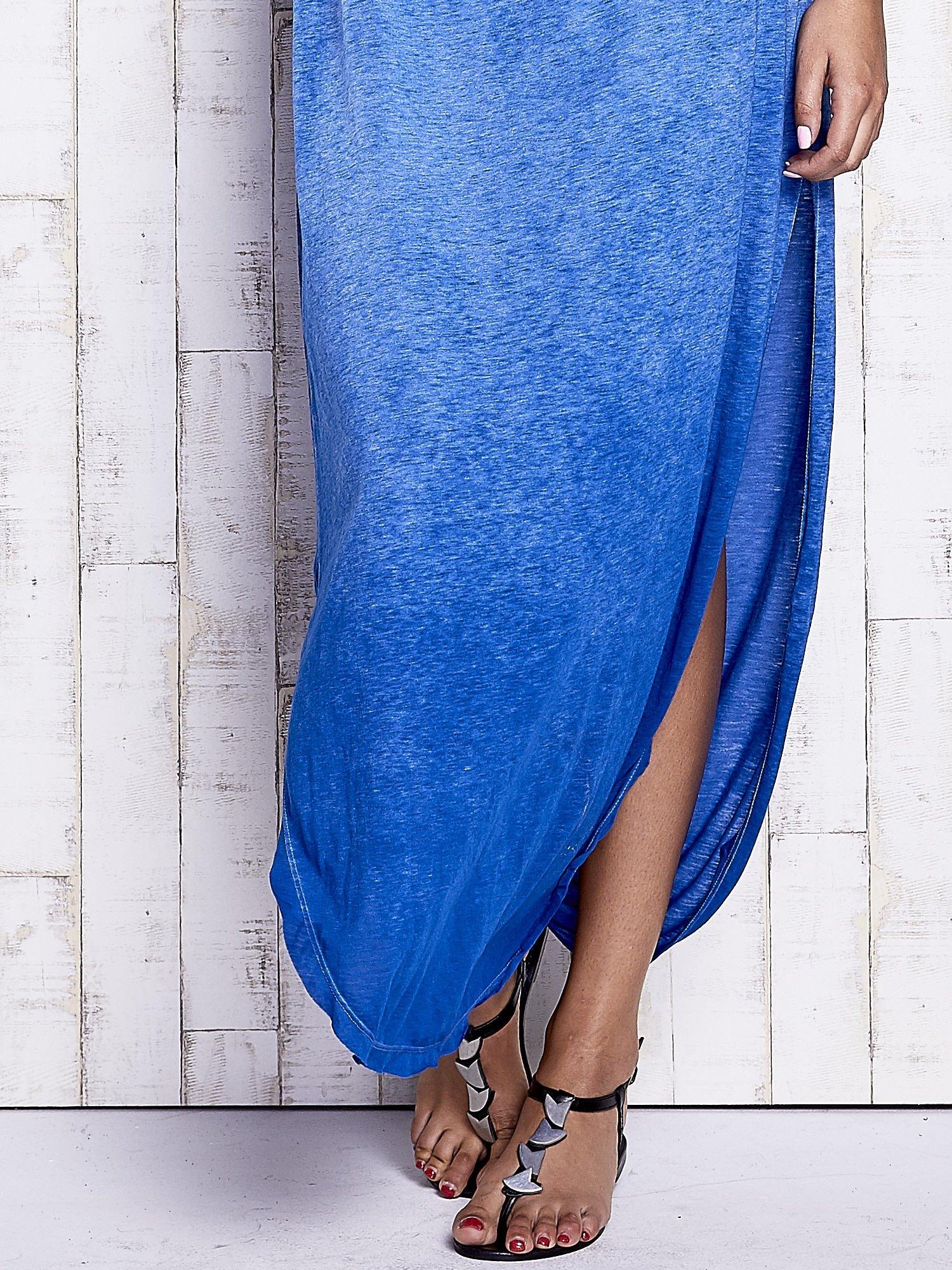 Niebieska dekatyzowana sukienka maxi                                  zdj.                                  6