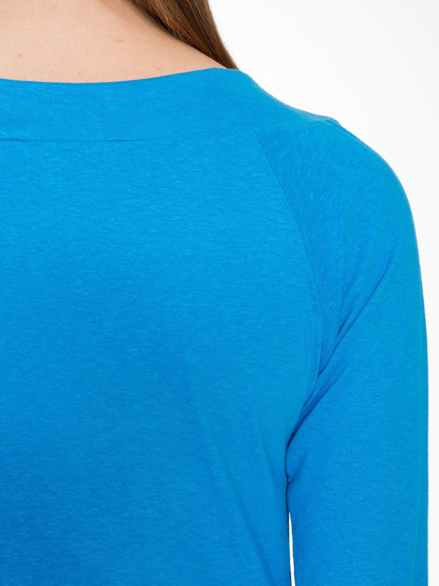 Niebieska gładka bluzka z reglanowymi rękawami                                  zdj.                                  7