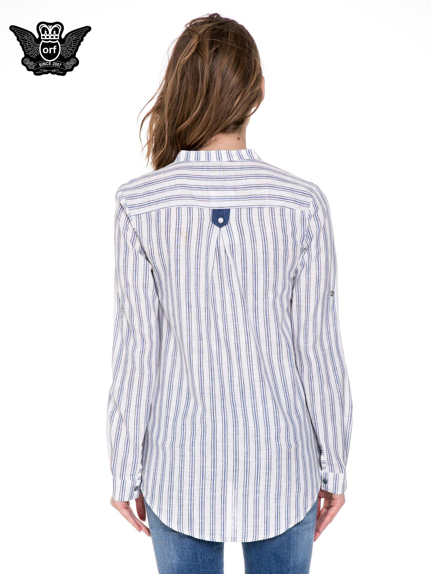 Niebieska koszula w paski z listwą z denimu i dżetami                                  zdj.                                  5