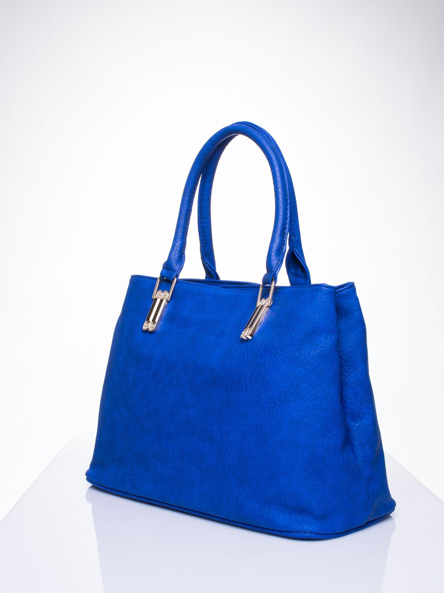 Niebieska torebka ze złotymi okuciami z kryształkami                                  zdj.                                  3