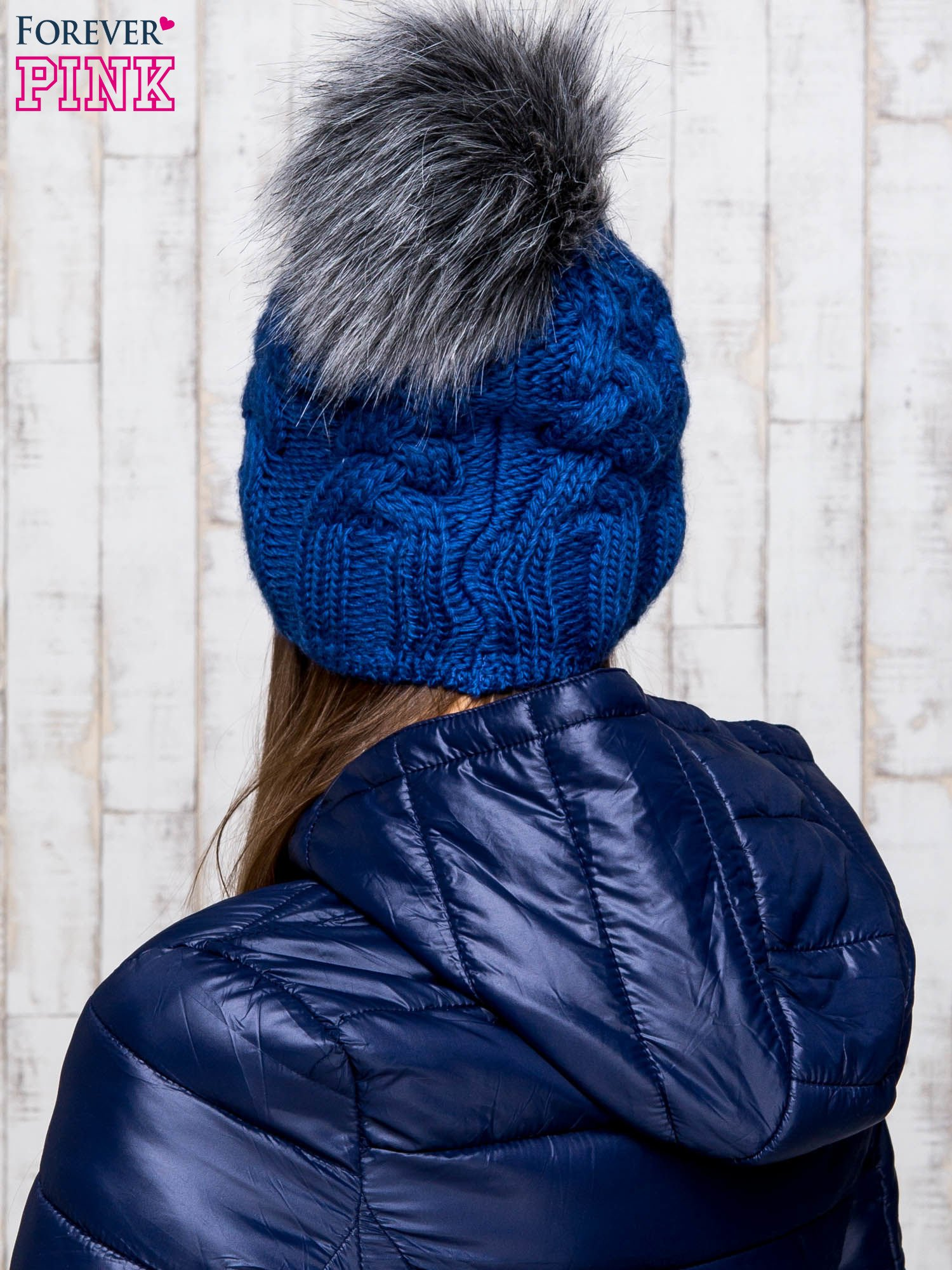 Niebieska wełniana czapka z pomponem                                  zdj.                                  3