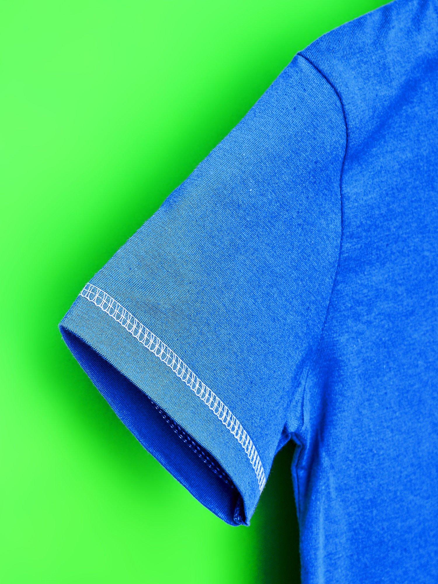 Niebieski t-shirt chłopięcy KRAINA LODU                                  zdj.                                  6