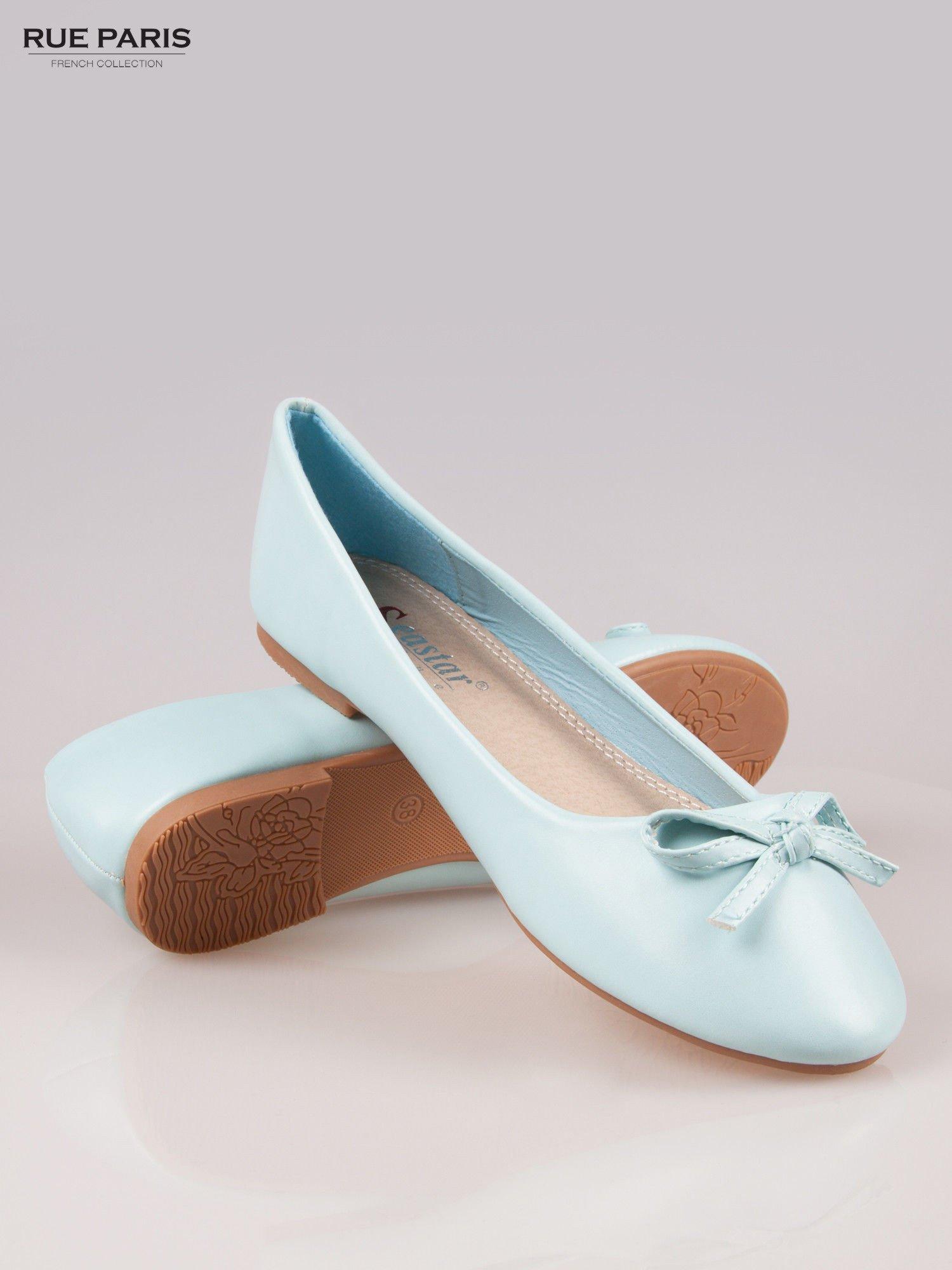 Niebieskie klasyczne balerinki z kokardką                                  zdj.                                  4