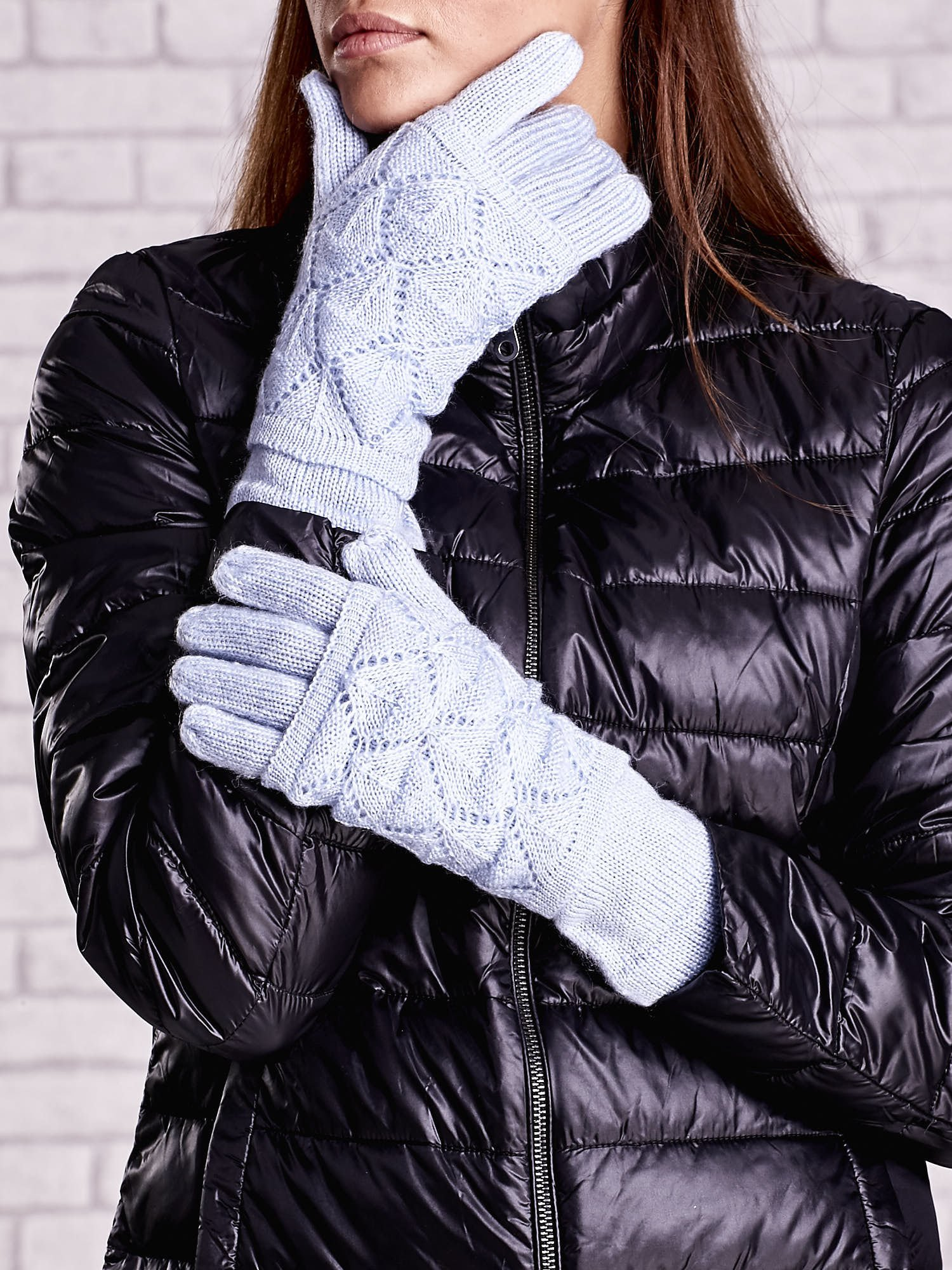 Niebieskie rękawiczki z ażurową warstwą                                  zdj.                                  1