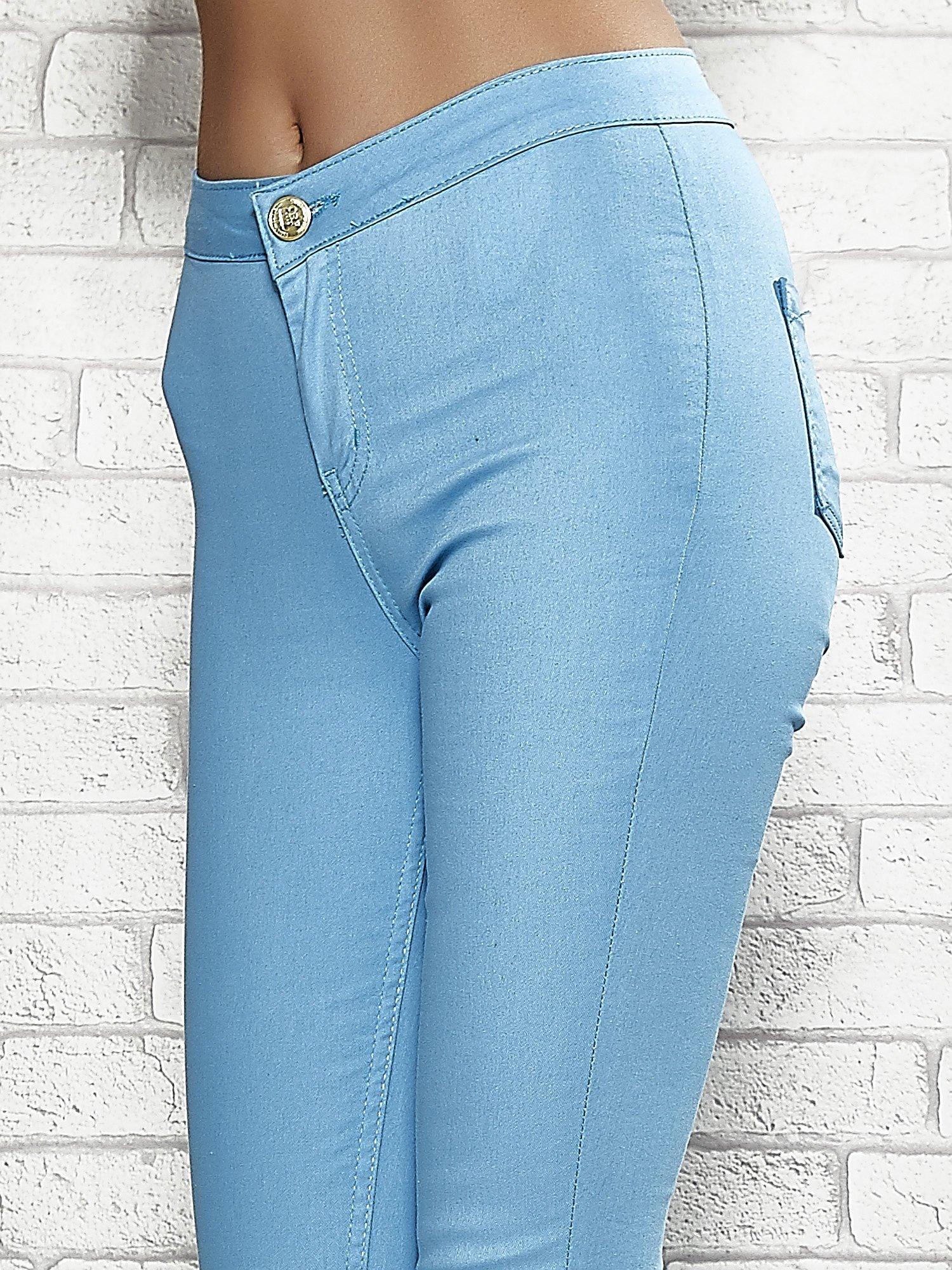 Niebieskie spodnie rurki skinny                                  zdj.                                  5