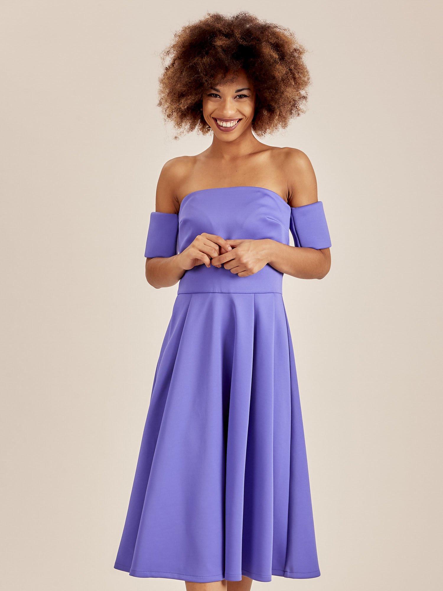 4a4cde77e4 Odcinana sukienka koktajlowa off shoulder niebieska - Sukienka ...