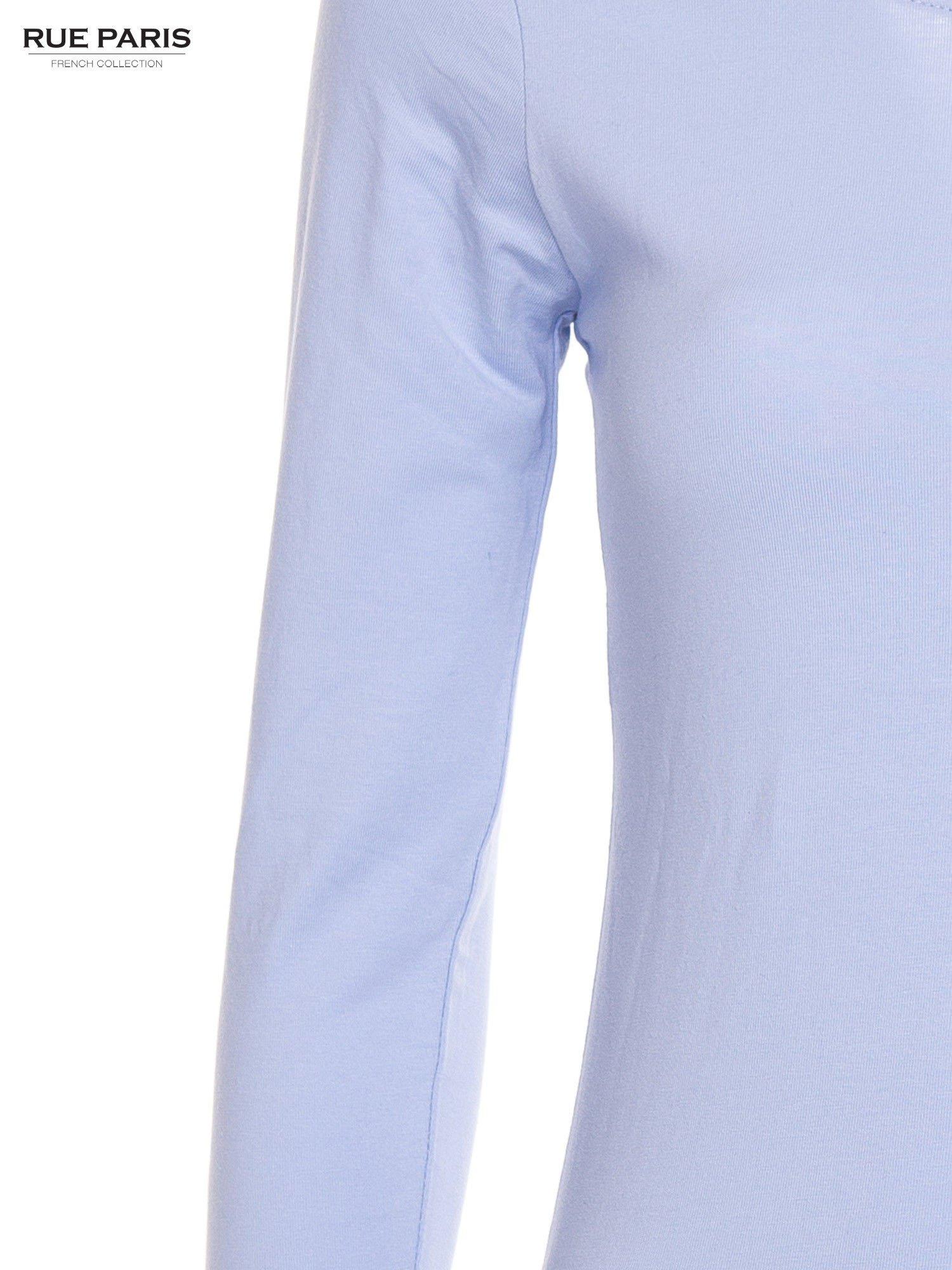 Pastelowoniebieska gładka bluzka z rękawem 3/4                                  zdj.                                  5