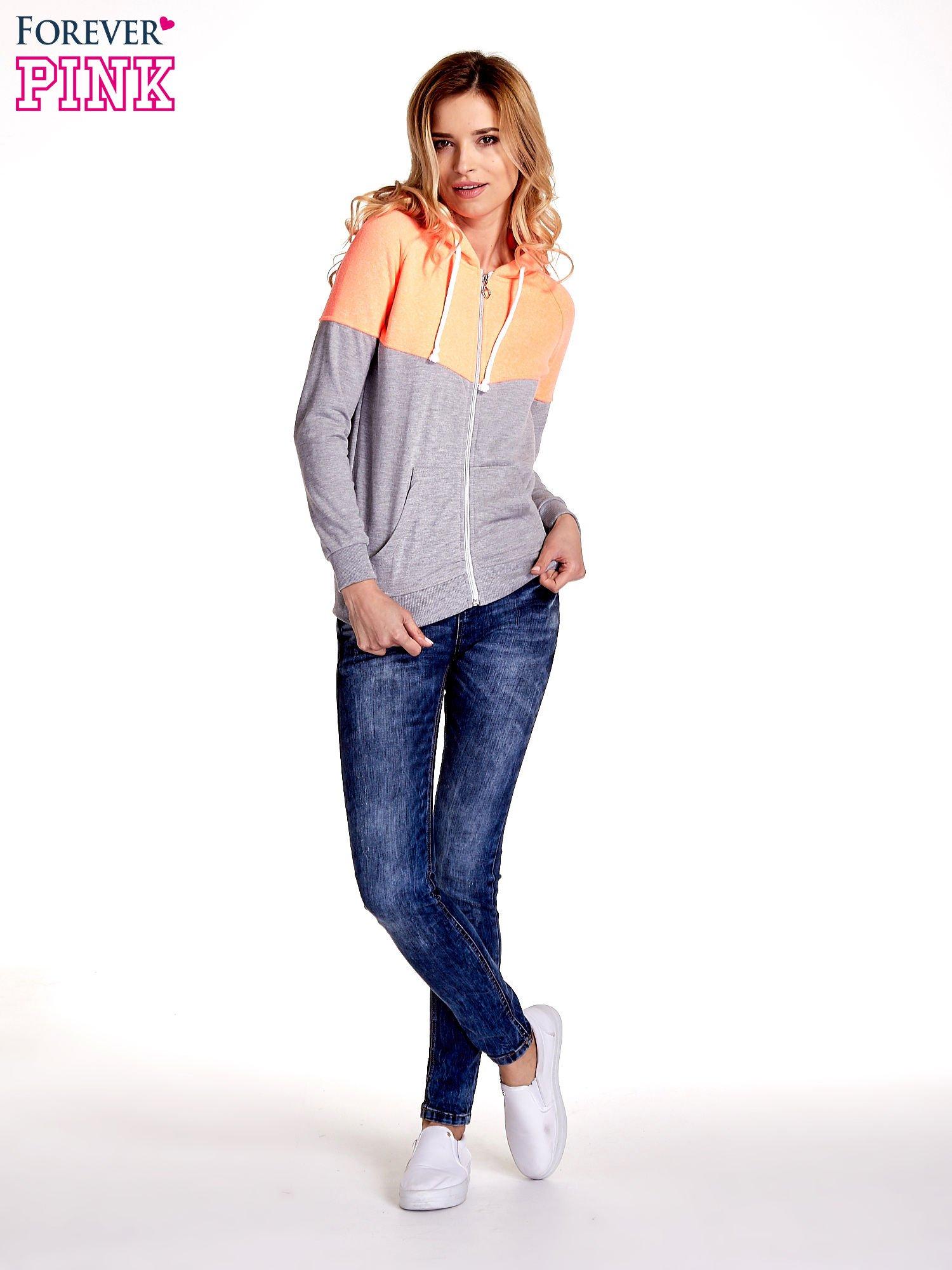 Pomarańczowa bluza z szarym pasem                                  zdj.                                  2