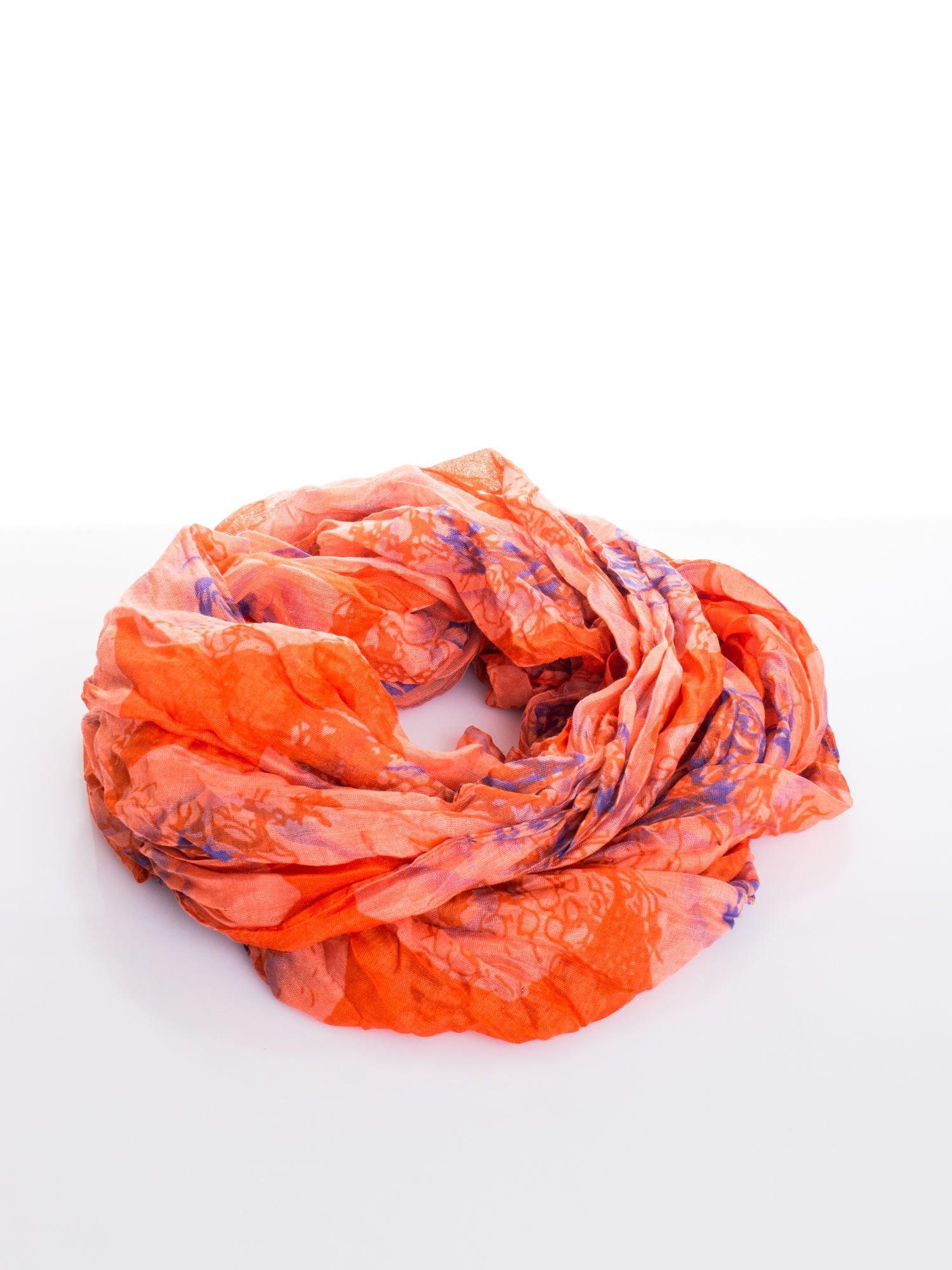 Pomarańczowa chusta w kwiaty                                  zdj.                                  2