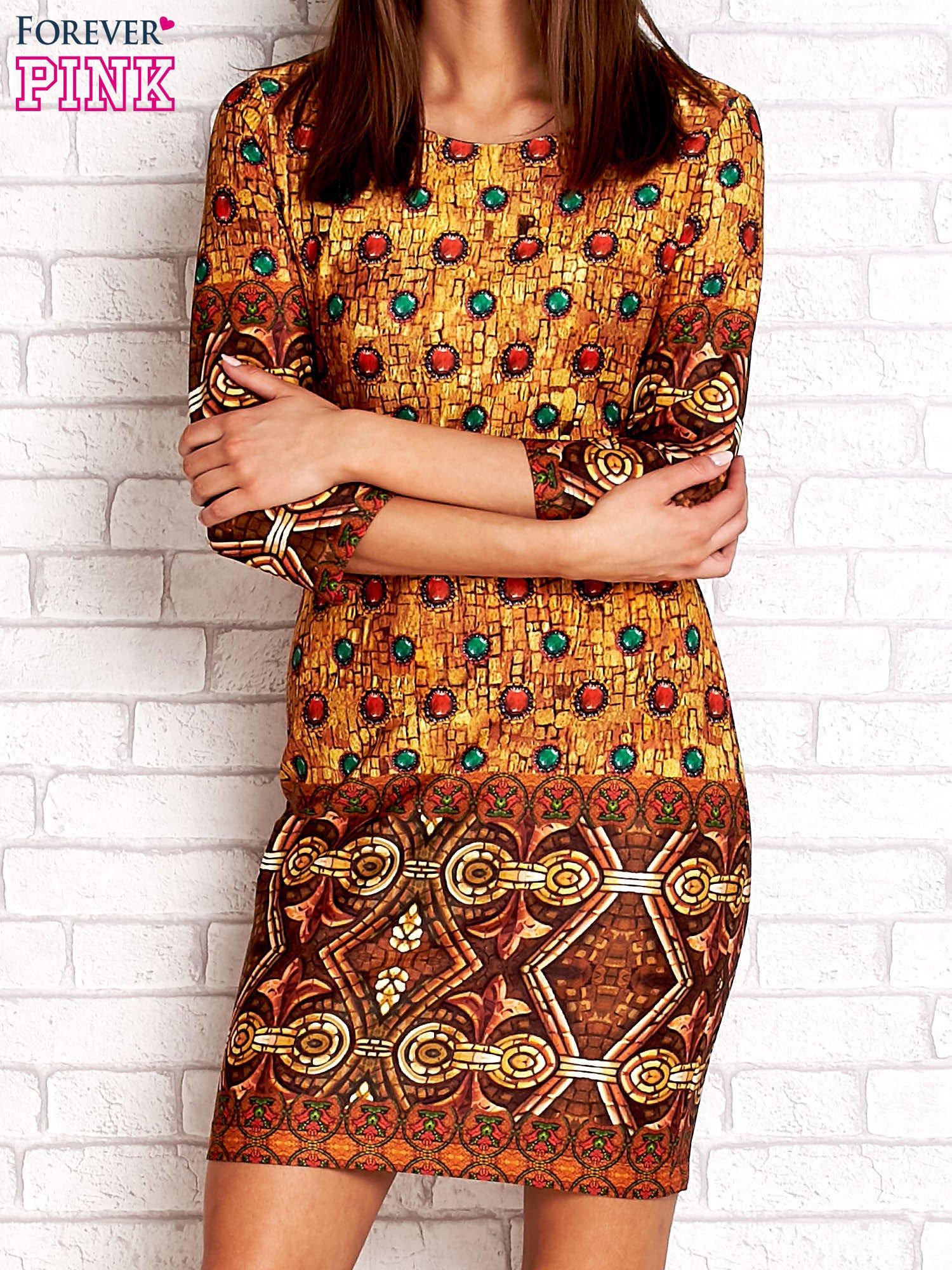 Pomarańczowa sukienka z folkowym nadrukiem                                  zdj.                                  1