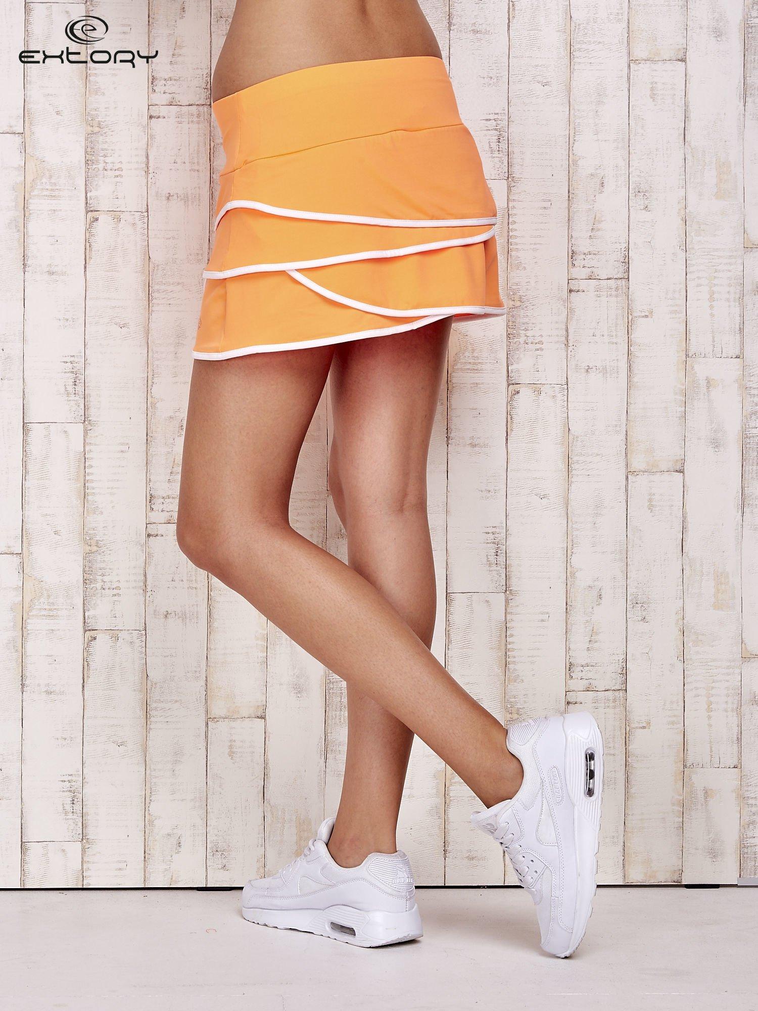 Pomarańczowe spodenki spódniczka tenisowa z falbankami                                  zdj.                                  2