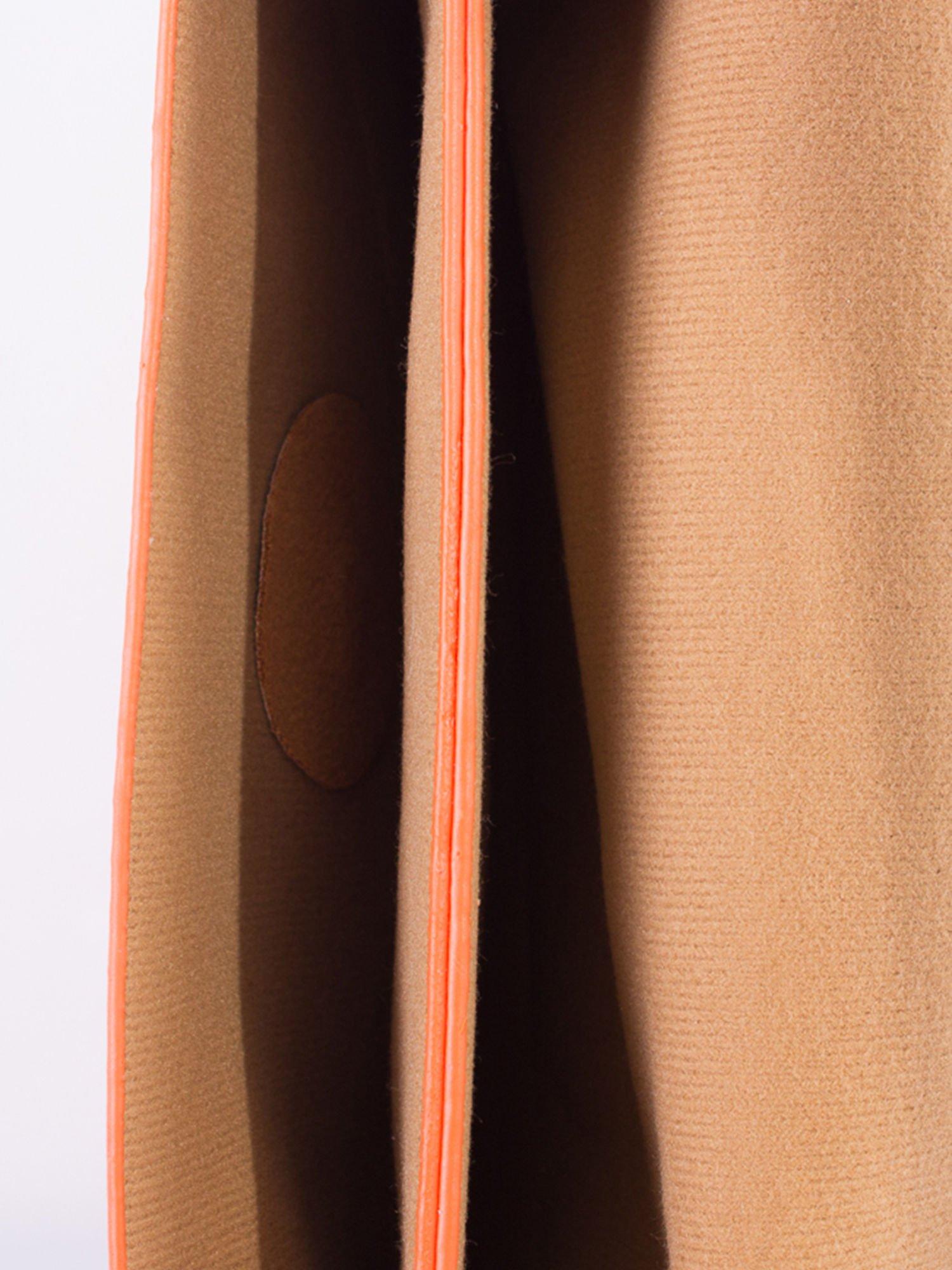 Pomrańczowa torebka listonoszka z falowanym wykończeniem                                  zdj.                                  5