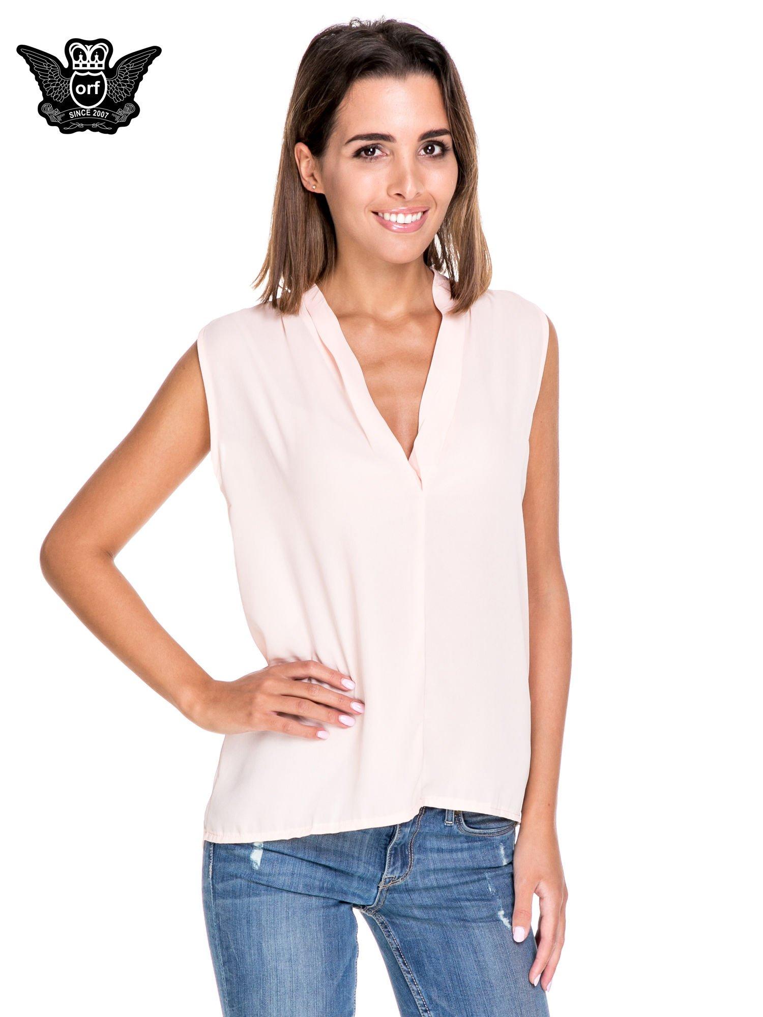 Różowa bluzka koszulowa z dekoltem V-neck                                  zdj.                                  1