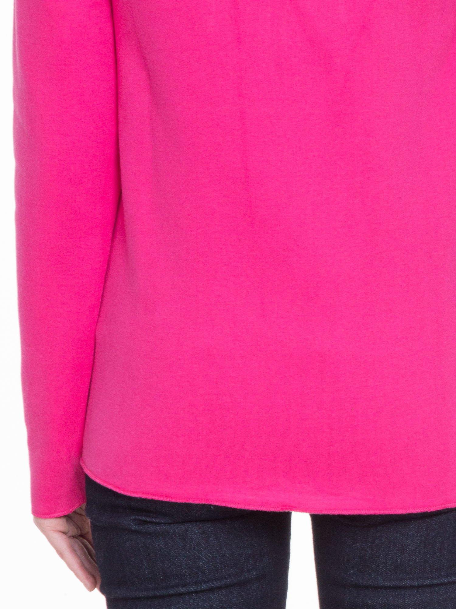 Różowa bluzonarzutka z klapami o kroju waterfall                                  zdj.                                  8