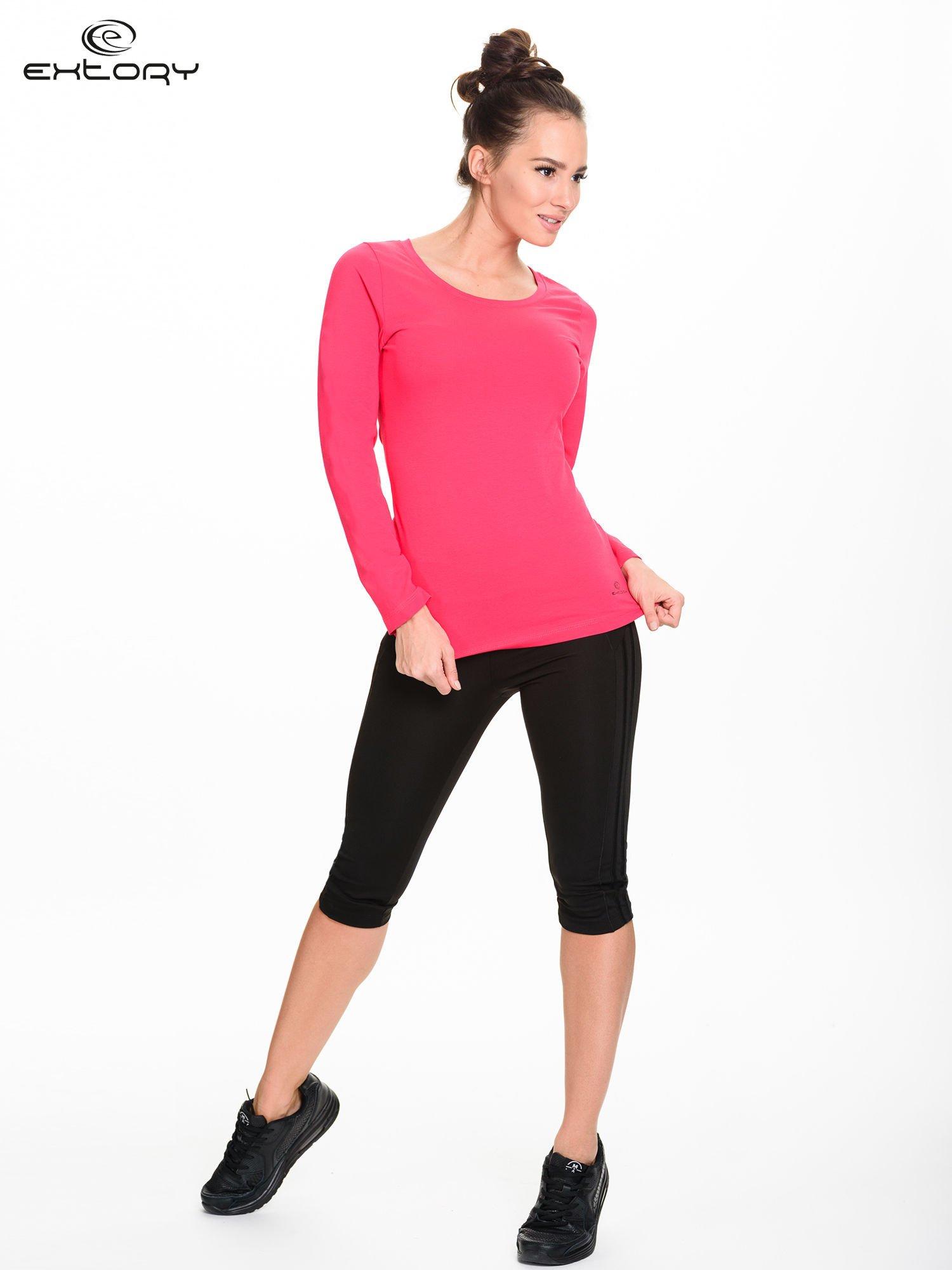 Różowa gładka bluzka sportowa z dekoltem U PLUS SIZE                                  zdj.                                  2