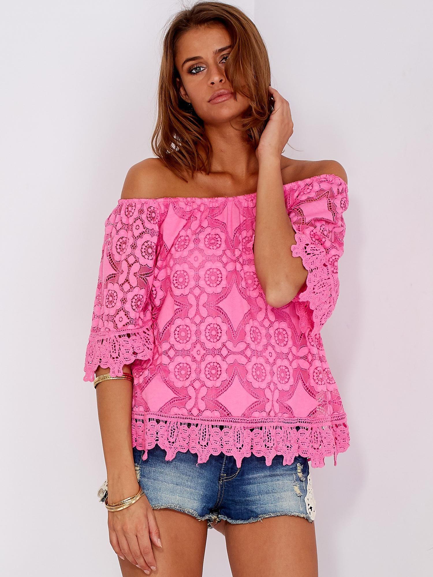 fd6ba545c1eb98 Różowa koronkowa bluzka z hiszpańskim dekoltem - Bluzka one size - sklep  eButik.pl