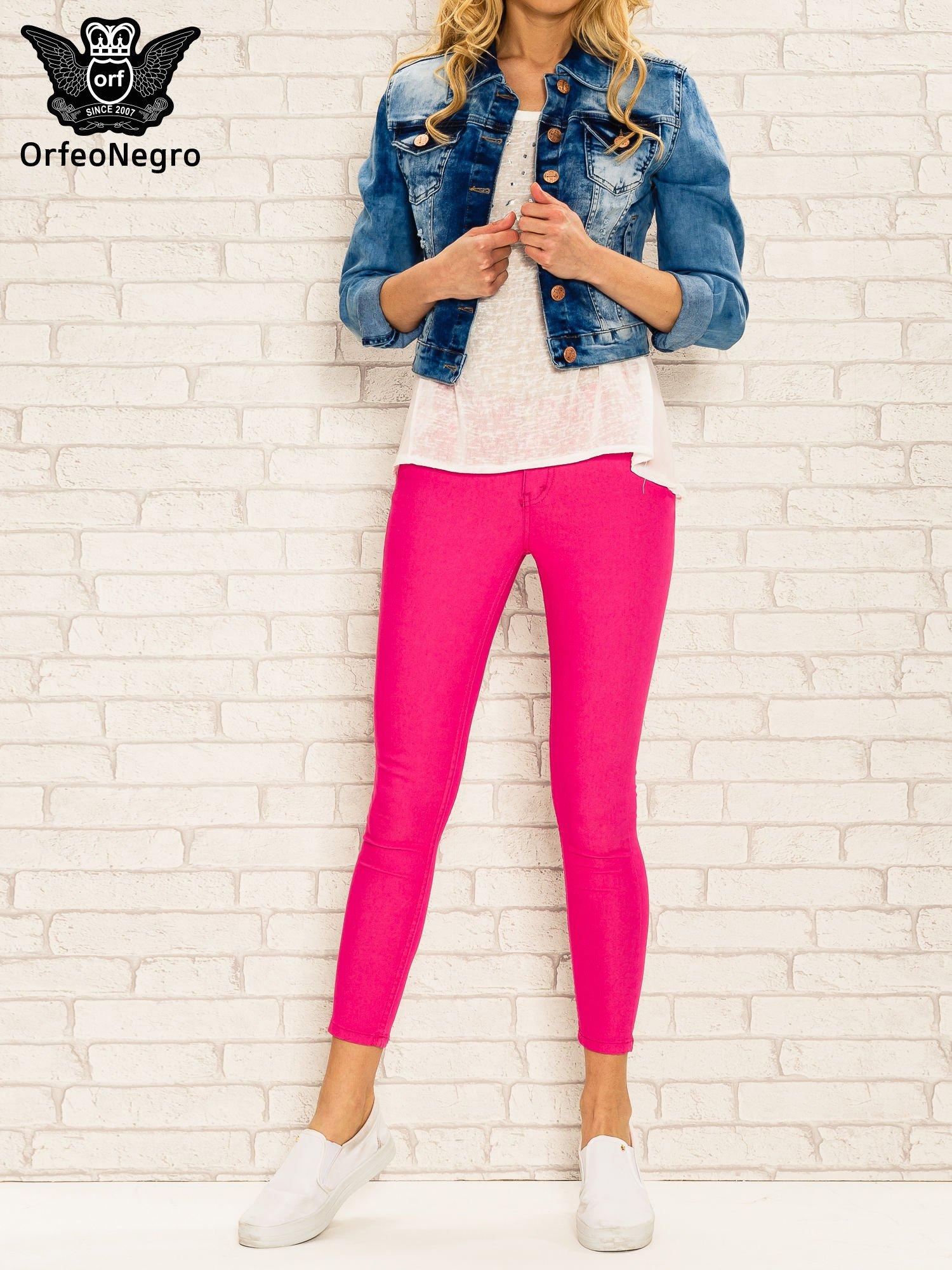 Różowe spodnie rurki skinny z kieszeniami                                  zdj.                                  2