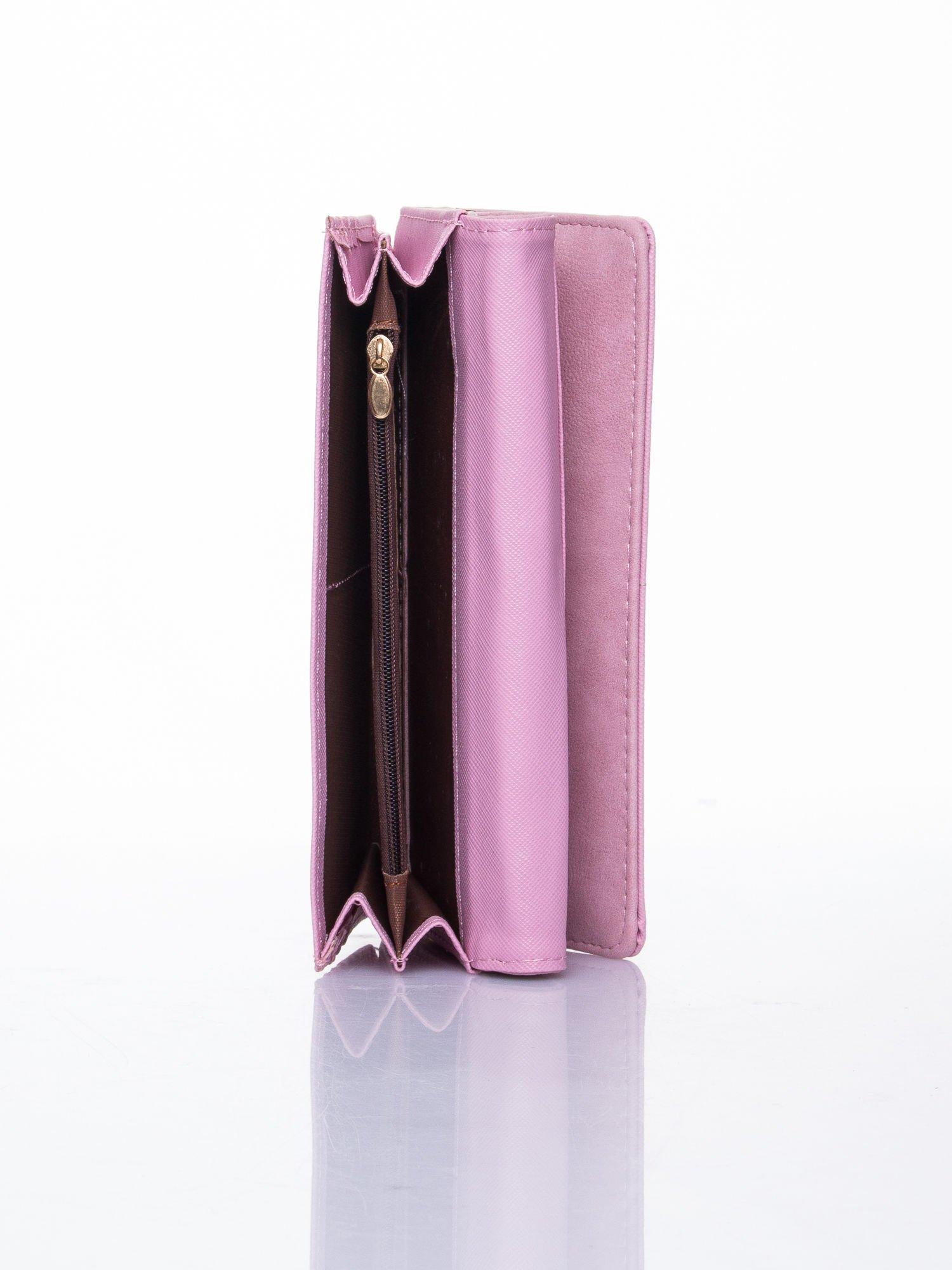 Różowy dziurkowany portfel ze złotym wykończeniem                                  zdj.                                  5