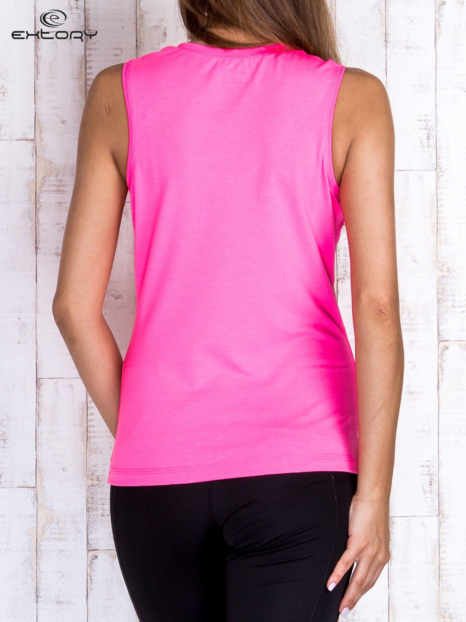 Różowy gładki sportowy top na szerokich ramiączkach                                  zdj.                                  2