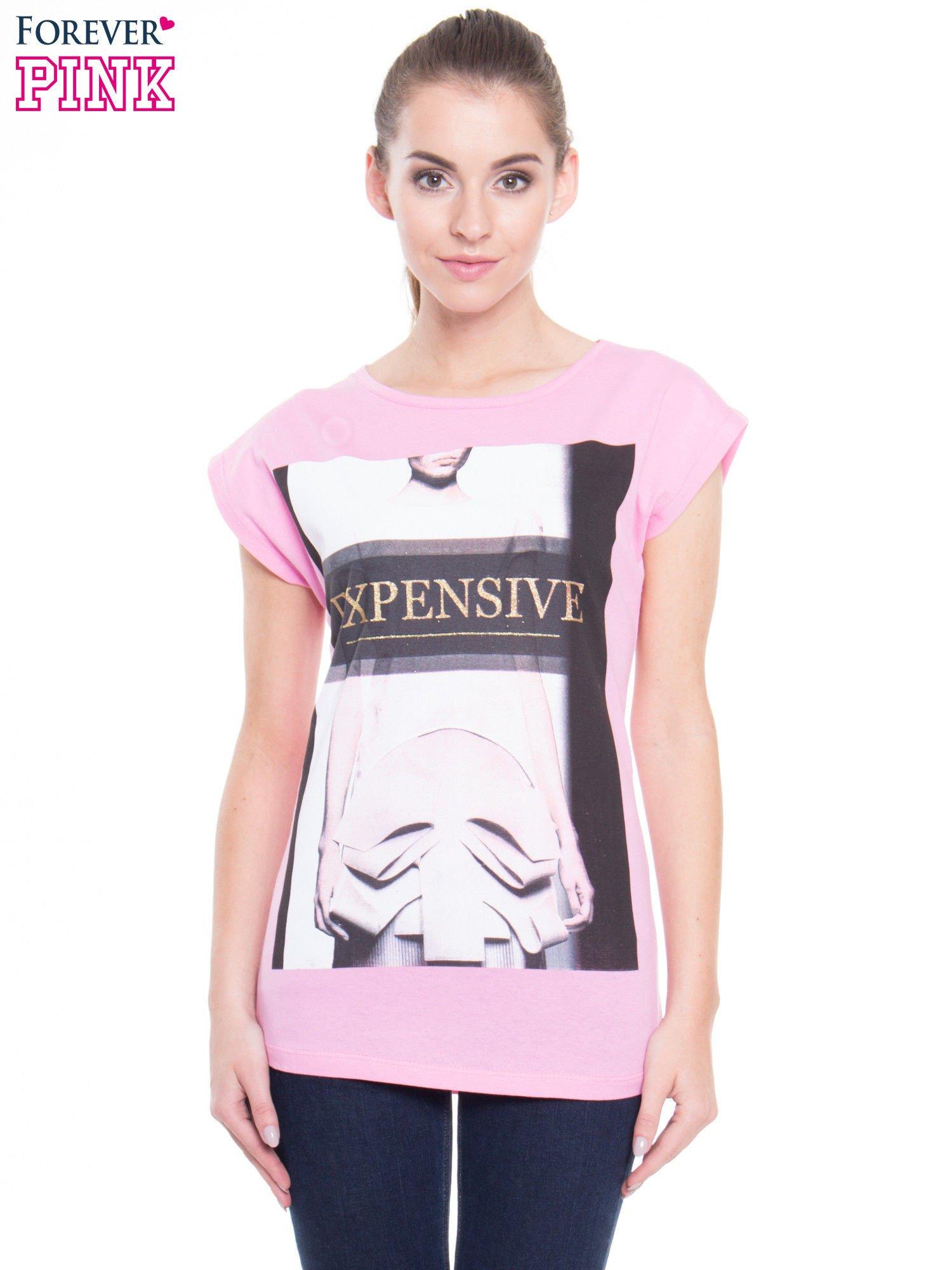 Różowy t-shirt z nadrukiem modowym i złotym napisem EXPENSIVE                                  zdj.                                  1