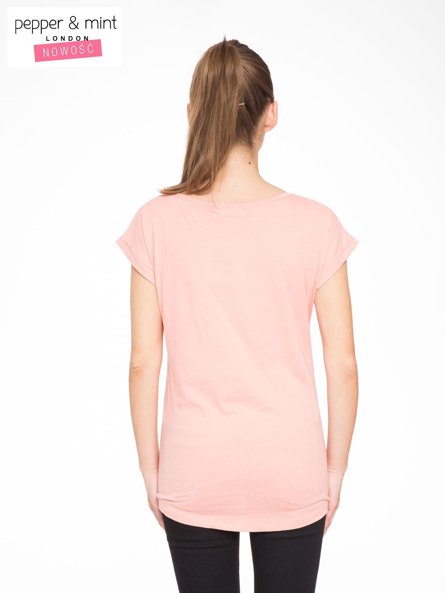 Różowy t-shirt z nadrukiem roweru                                  zdj.                                  3