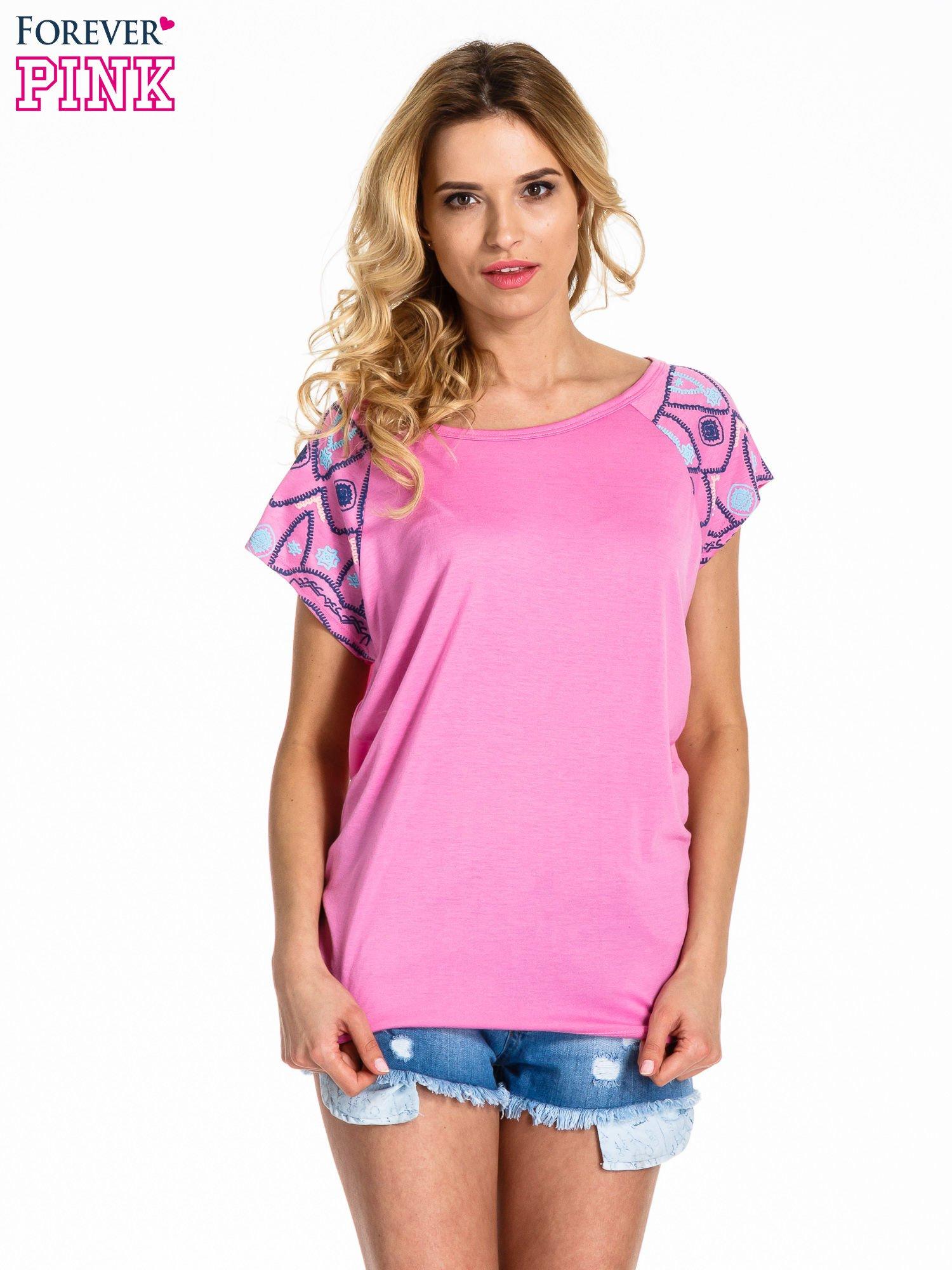 Różowy t-shirt z rękawkami w motyw etno                                  zdj.                                  1