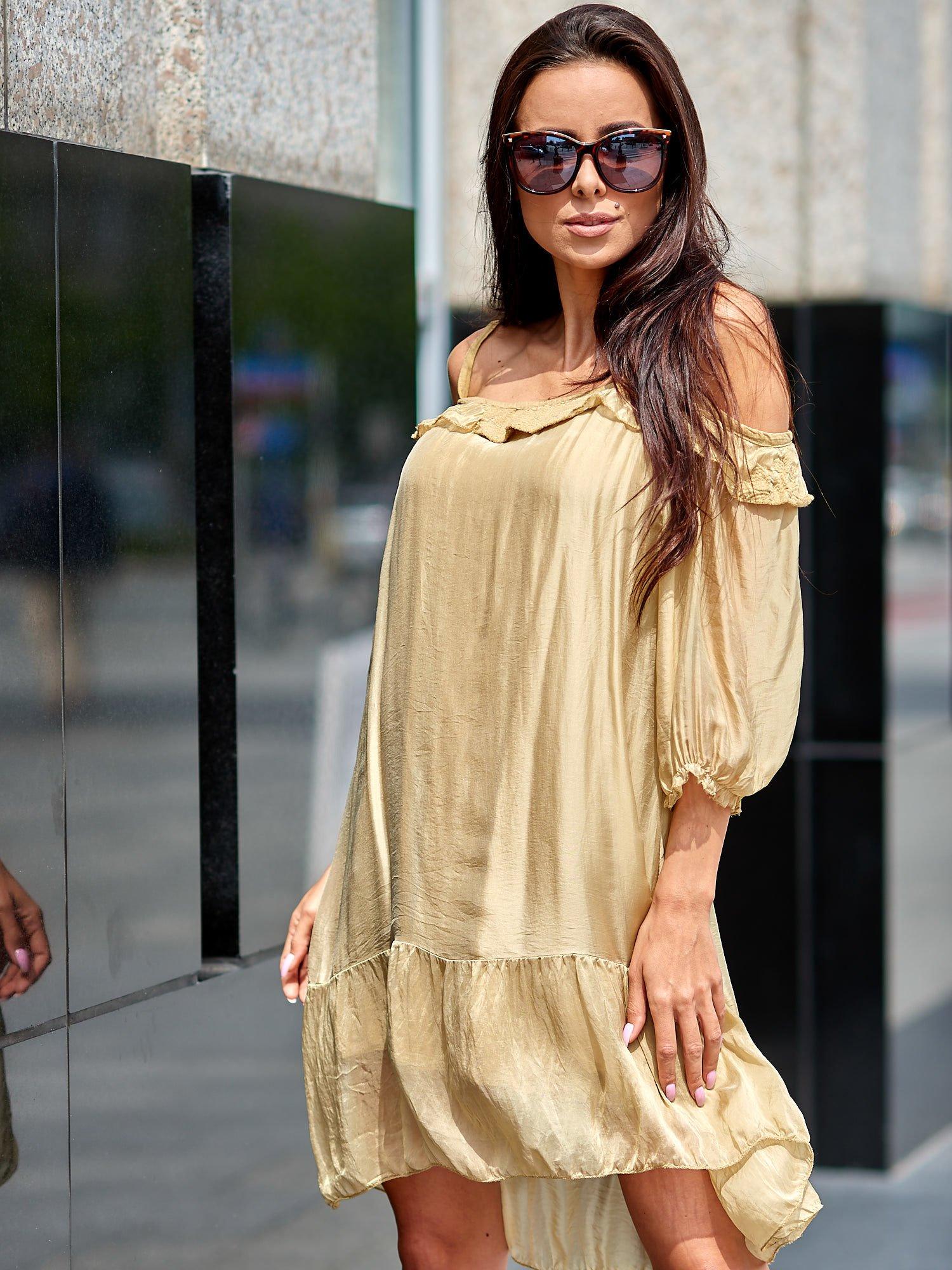 2cfe3f7a92 Beżowa sukienka z wycięciami na ramionach - Sukienka na co dzień ...