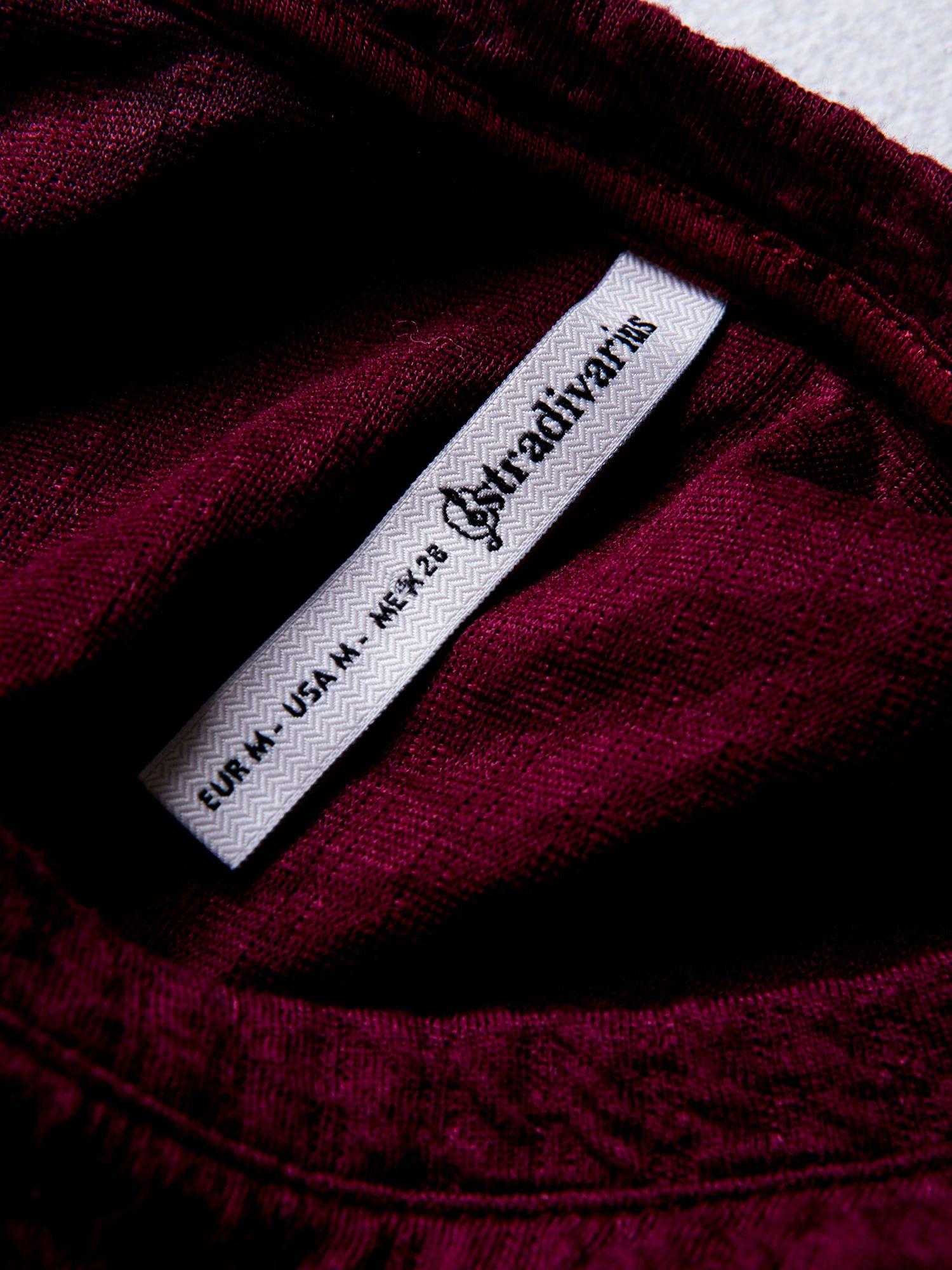 STRADIVARIUS Bordowa bluza typu cropped z napisem LOS ANGELES                                  zdj.                                  3
