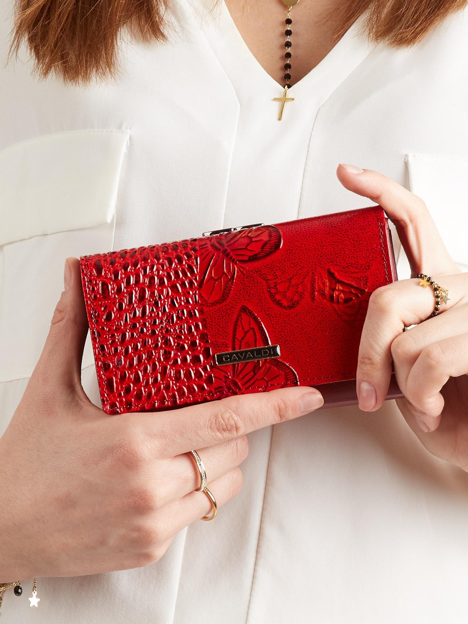 b179fa834e78b Skórzany portfel damski w motyle czerwony - Akcesoria portfele ...