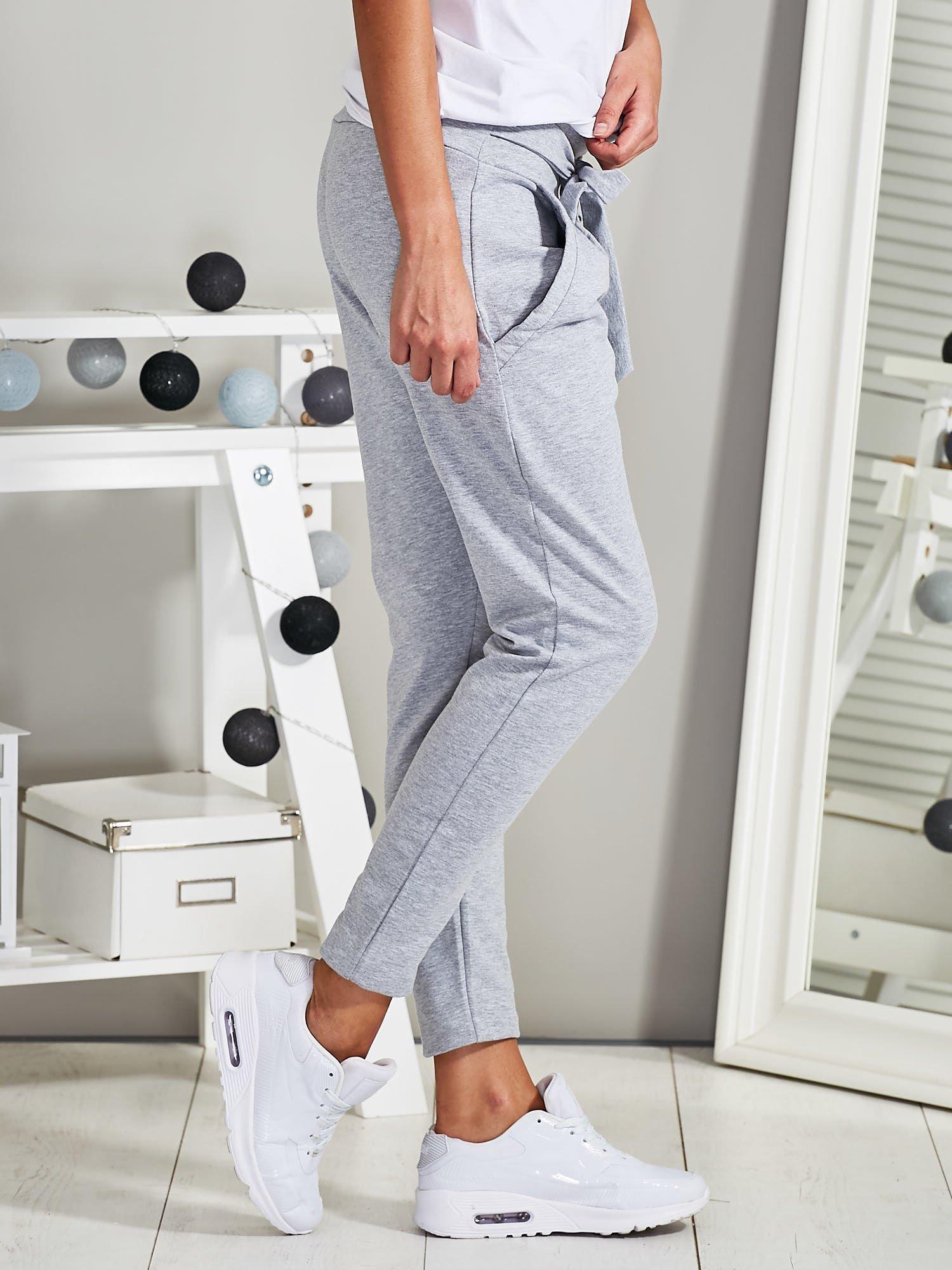 38e91e48cb5eae Spodnie dresowe rurki z wiązaniem szare - Spodnie Dresowe - sklep ...