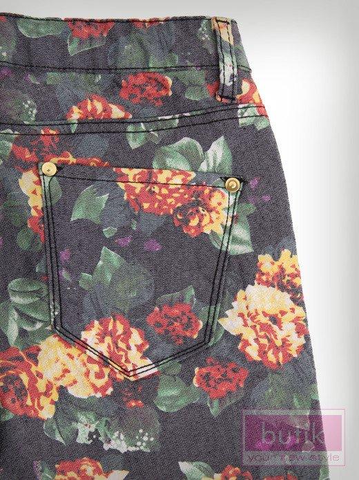 Spodnie w kwiaty                                  zdj.                                  3
