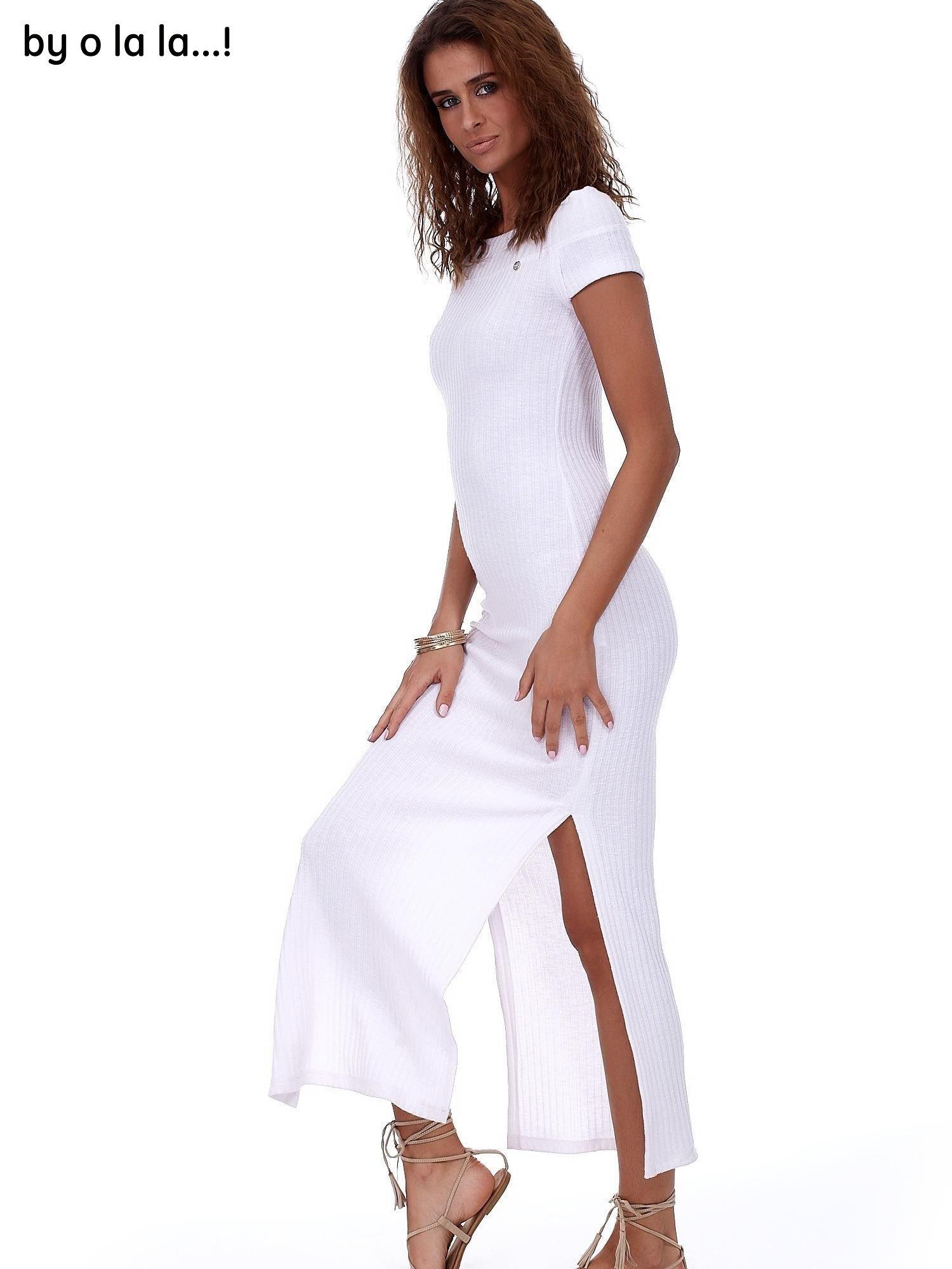 e173c0a2a8 Sukienka biała maxi w prążek BY O LA LA - Sukienka dzianinowa ...