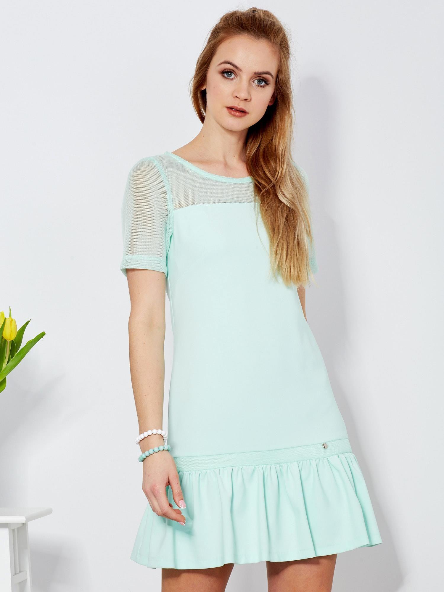 e1338dffe6 Sukienka miętowa z siatkowymi rękawami - Sukienka koktajlowa - sklep ...