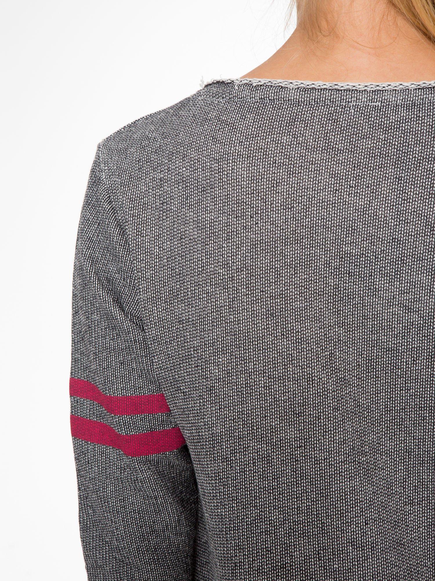 Szara bluza z numerkiem w stylu baseballowym                                  zdj.                                  9