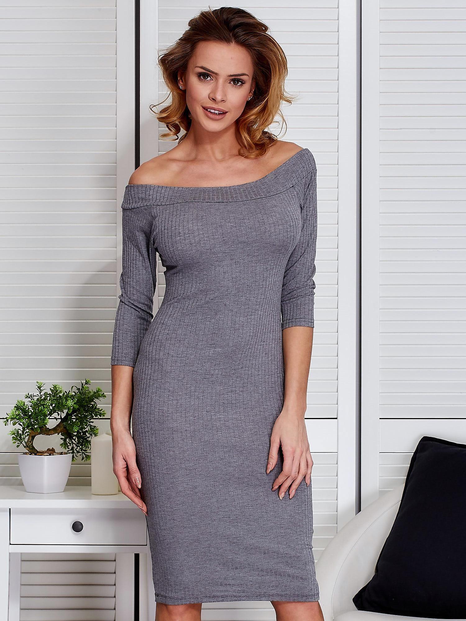 6b549ad619 Szara dopasowana sukienka z odkrytymi ramionami - Sukienka ...