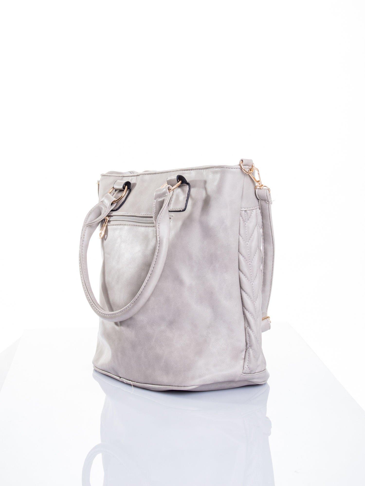 Szara pikowana torba na ramię                                  zdj.                                  5