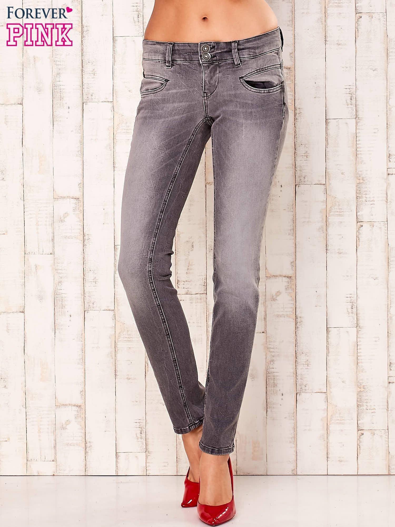 Szare spodnie regular jeans                                  zdj.                                  1