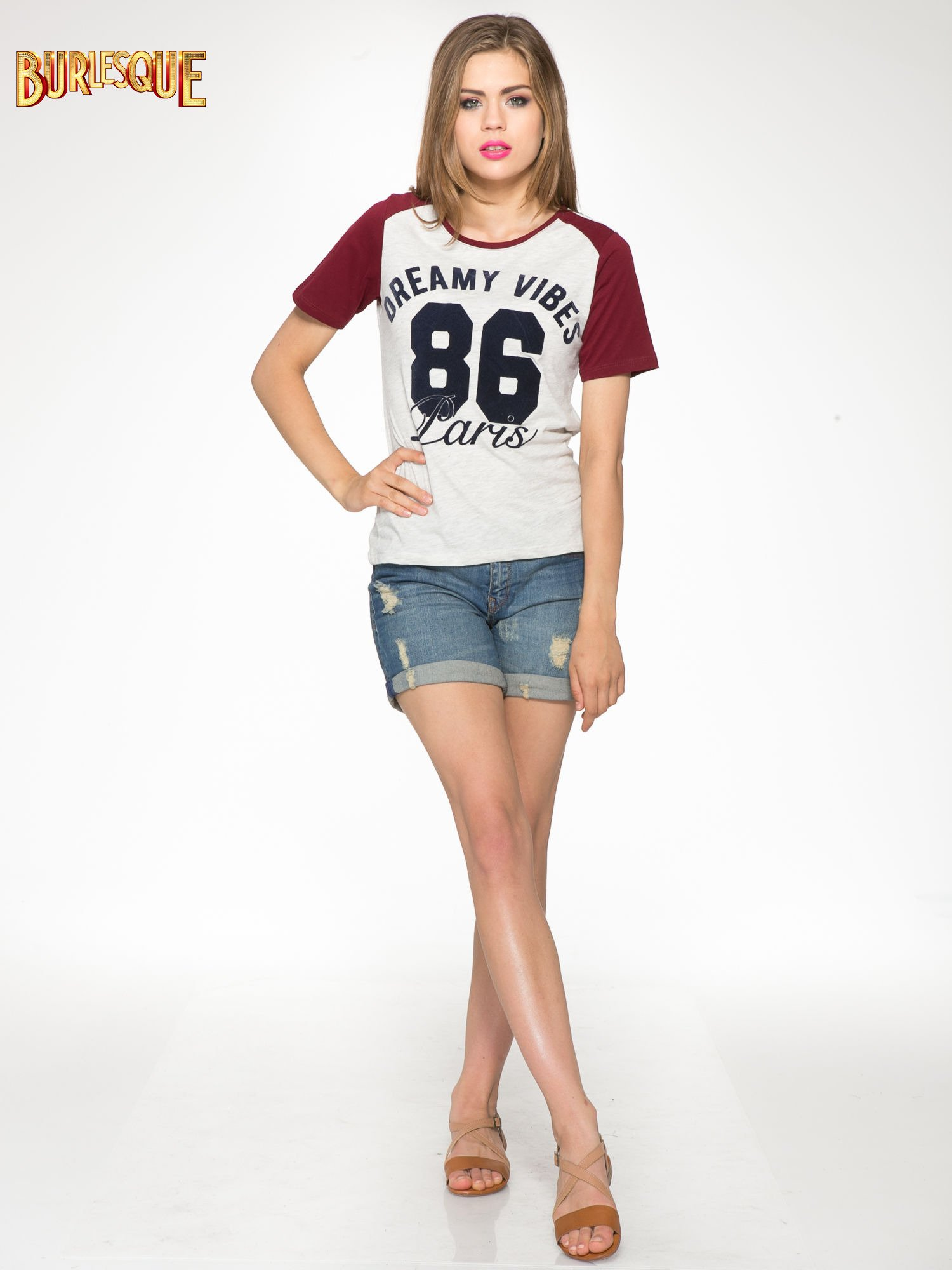 Szaro-bordowy t-shirt z napisem DREAMY VIBES 86 PARIS                                  zdj.                                  2