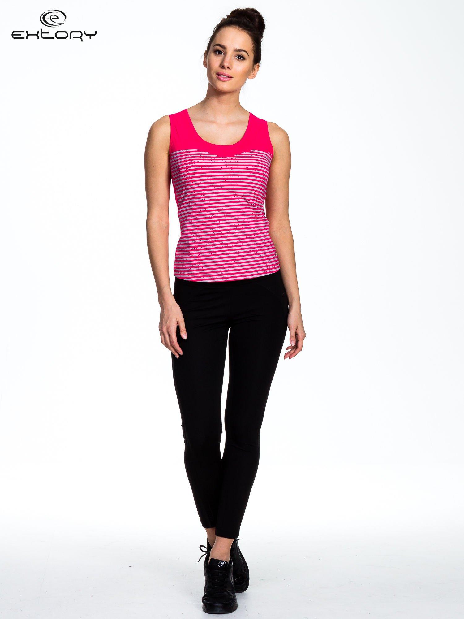 Szaro-różowy top sportowy w paski z karczkiem                                  zdj.                                  2