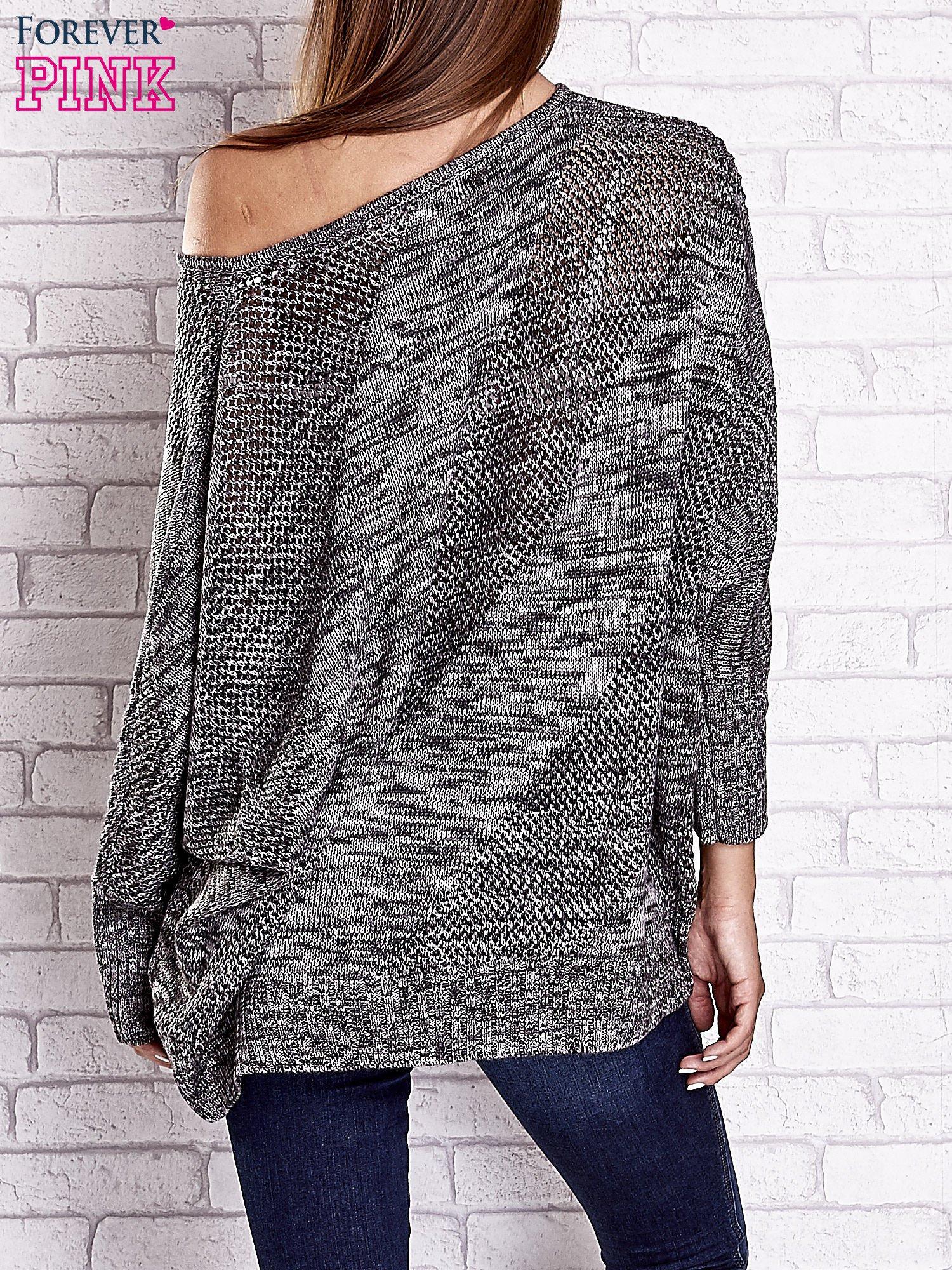 Szary melanżowy sweter oversize o kroju nietoperz                                  zdj.                                  5