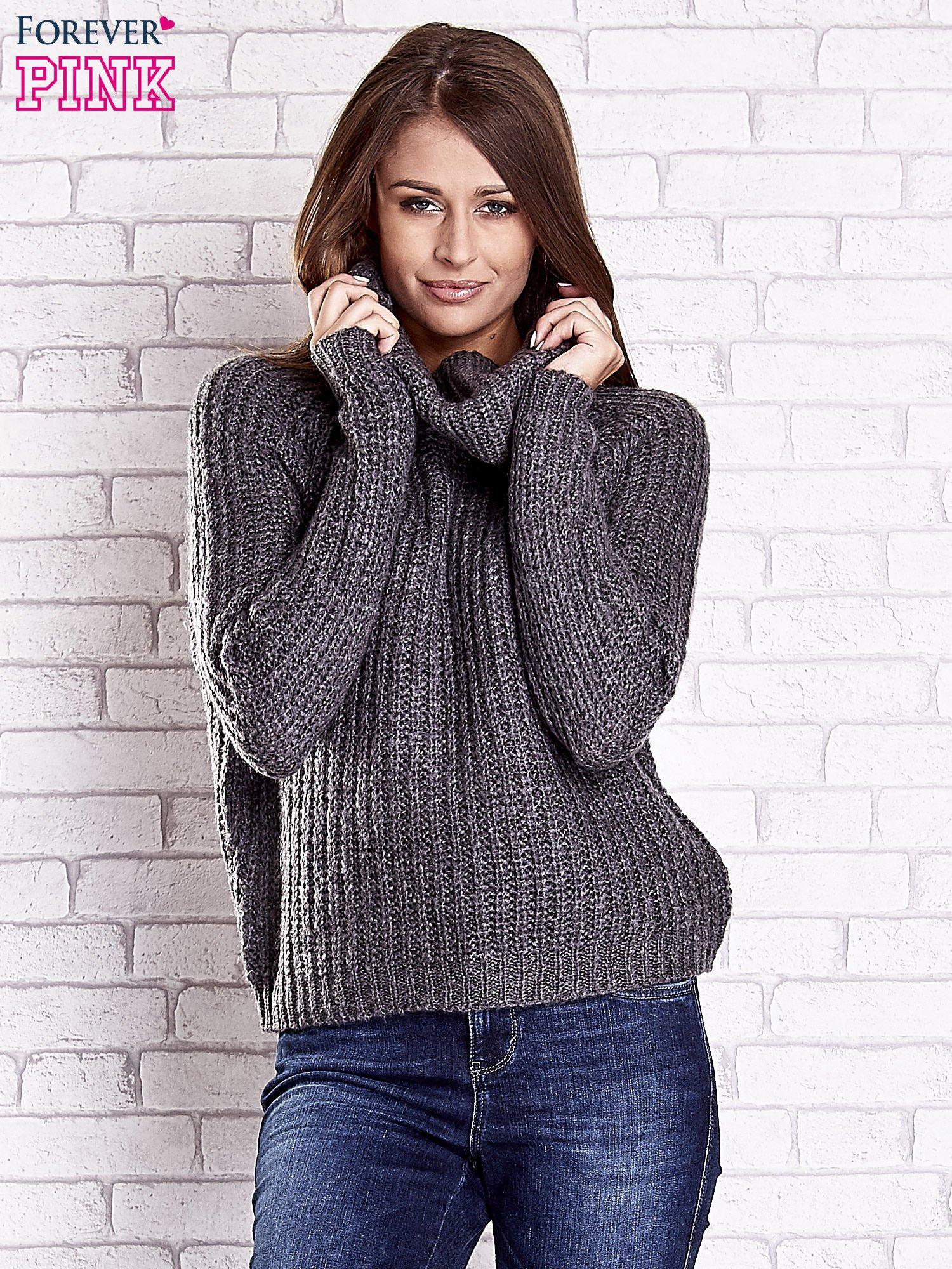 Szary sweter oversize z luźnym golfem                                  zdj.                                  4