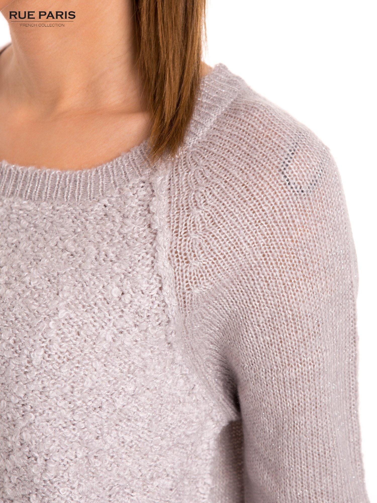 Szary sweter z dłuższym tyłem                                  zdj.                                  7