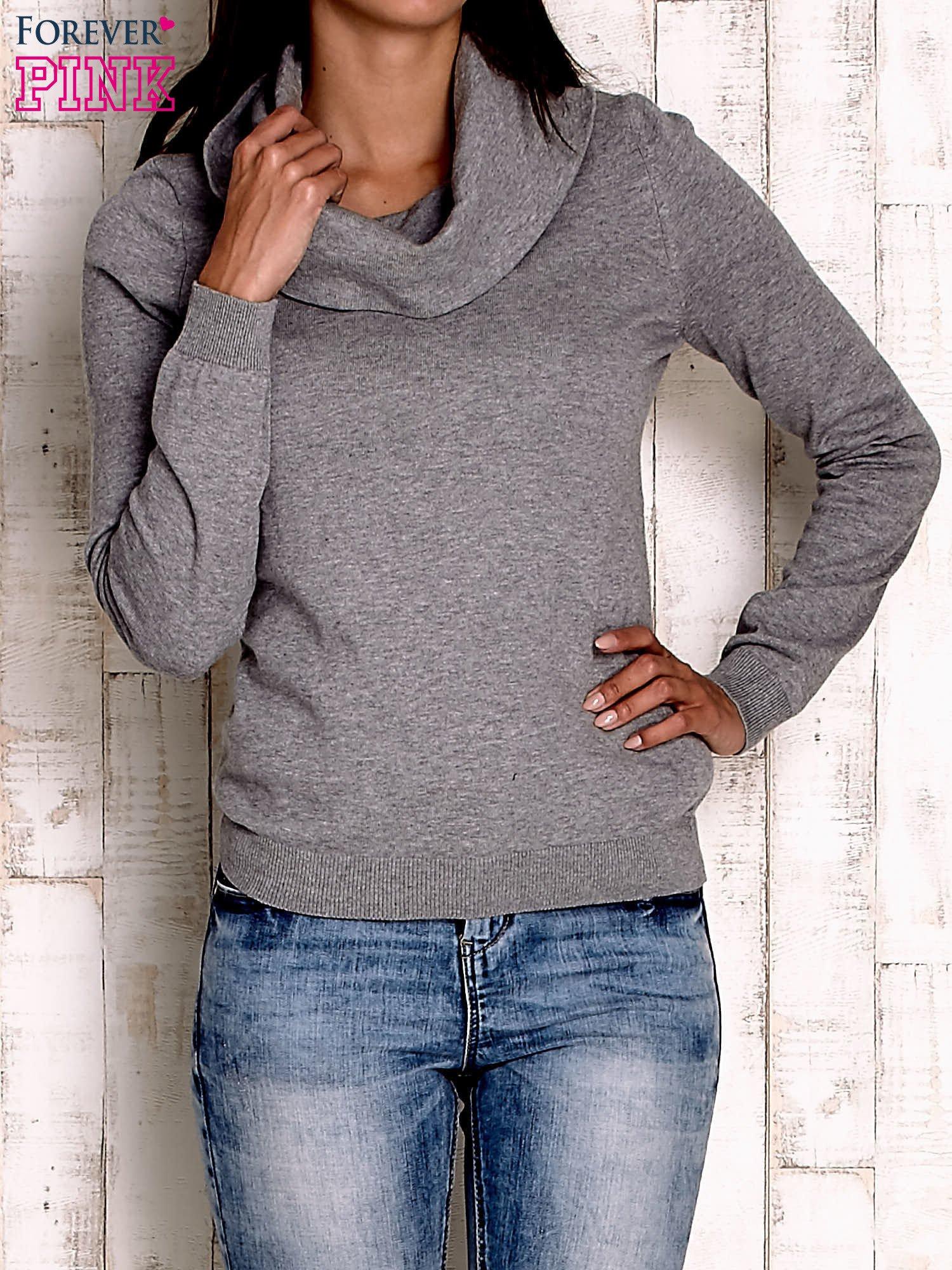 Szary sweter z szerokim golfem                                  zdj.                                  1