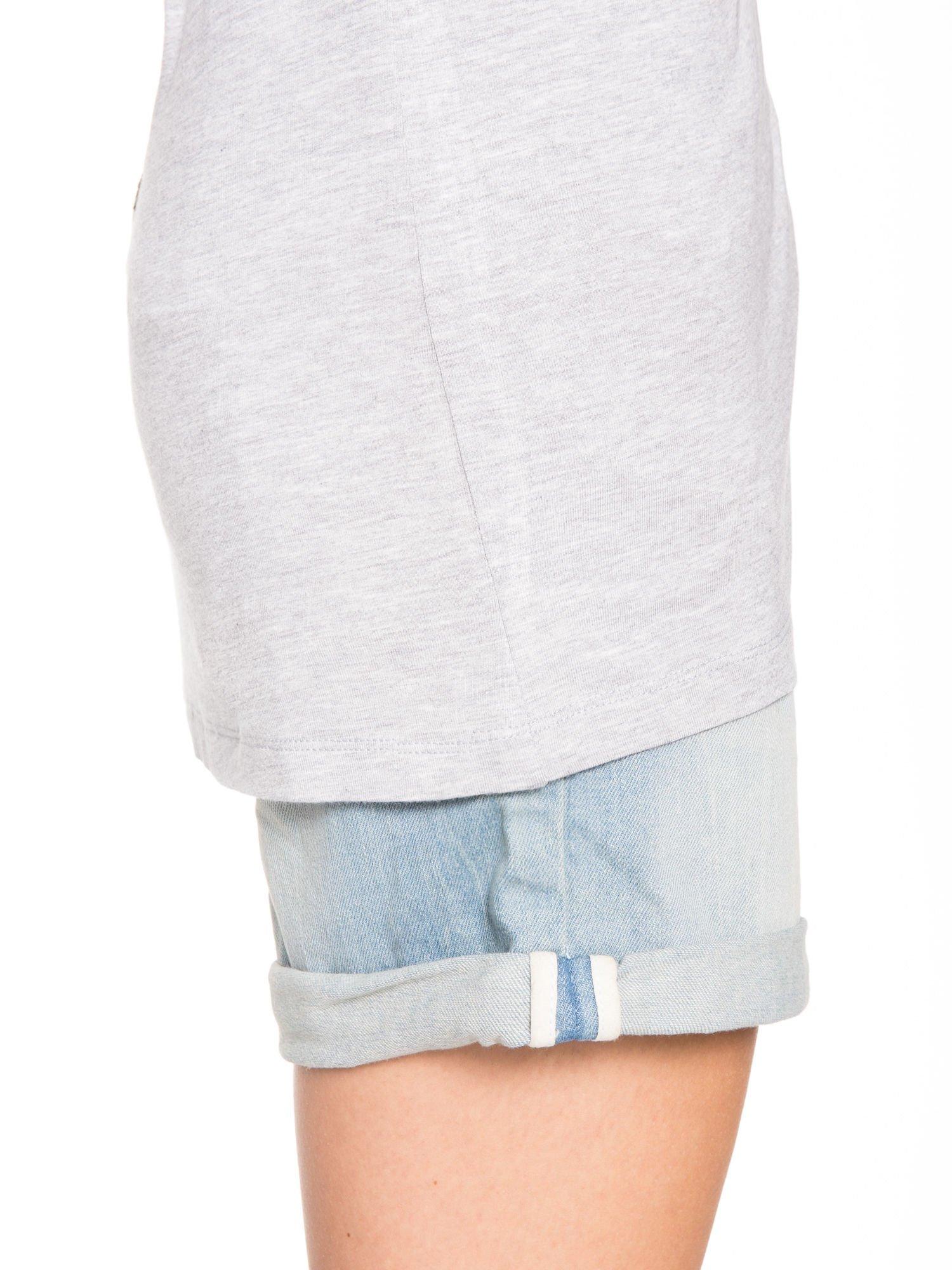 Szary t-shirt z nadrukiem ROCK na plecach                                  zdj.                                  8