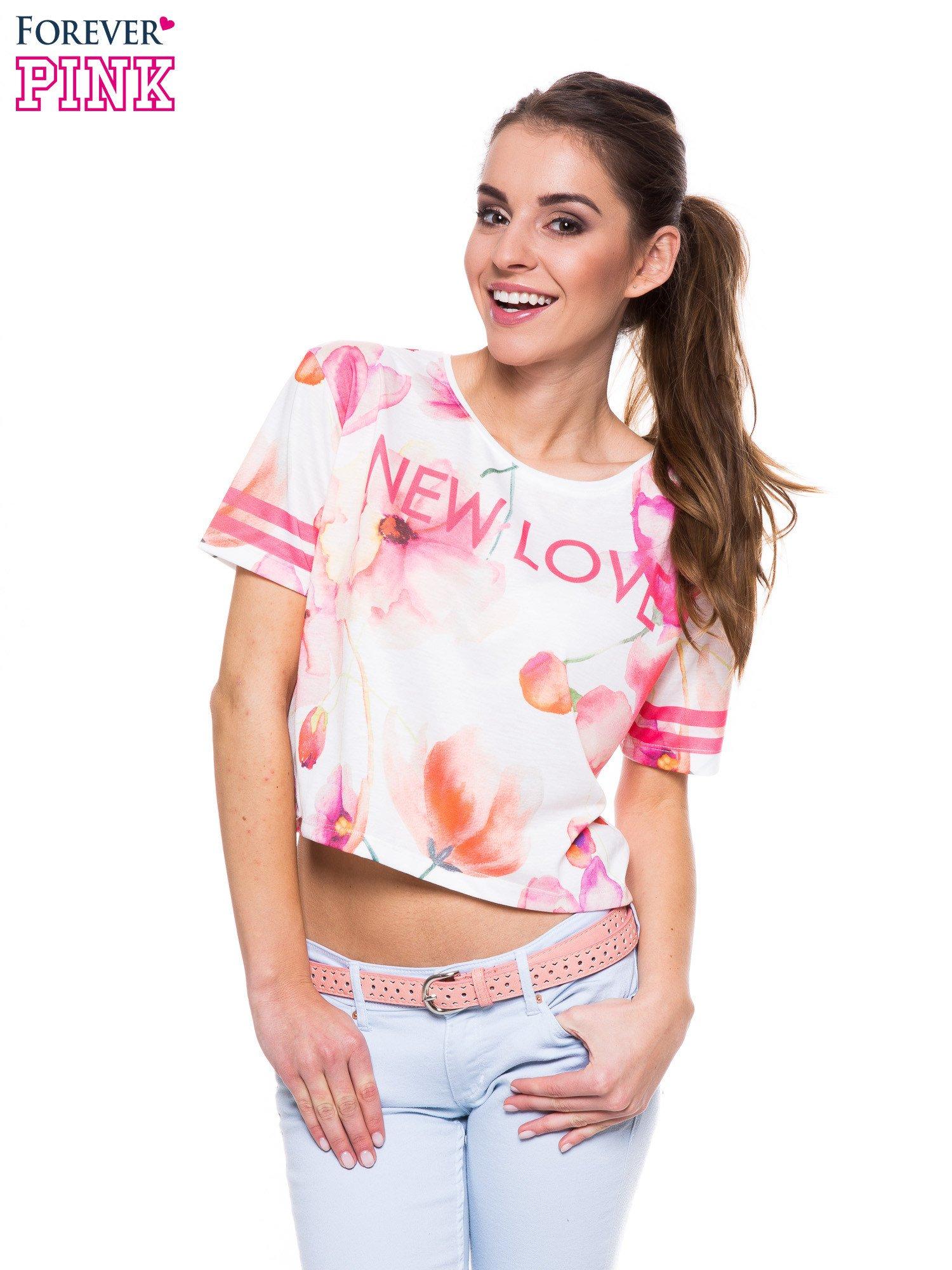 T-shirt crop top z floral printem                                  zdj.                                  1
