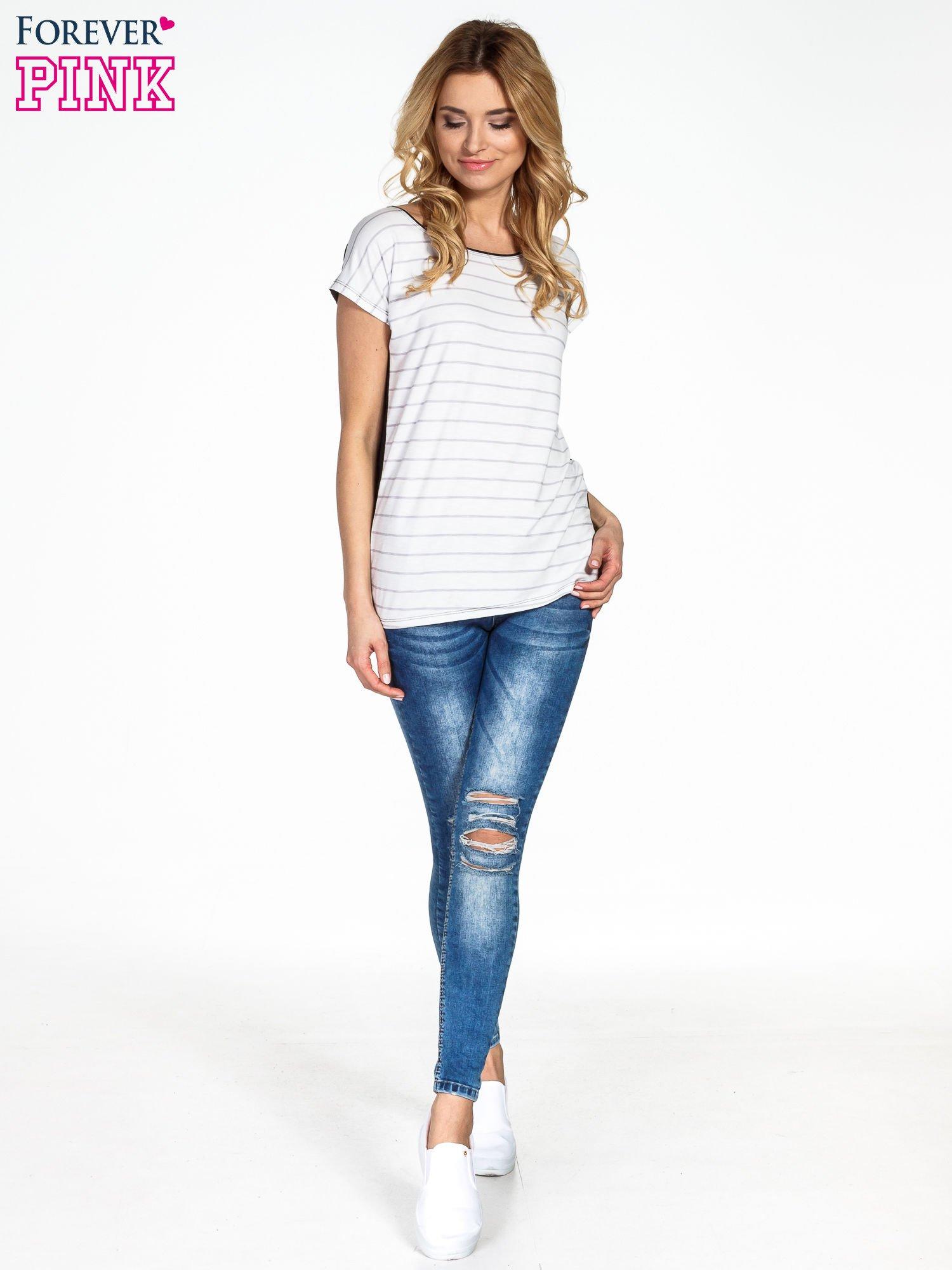 T-shirt w biało-czarne paski                                  zdj.                                  6