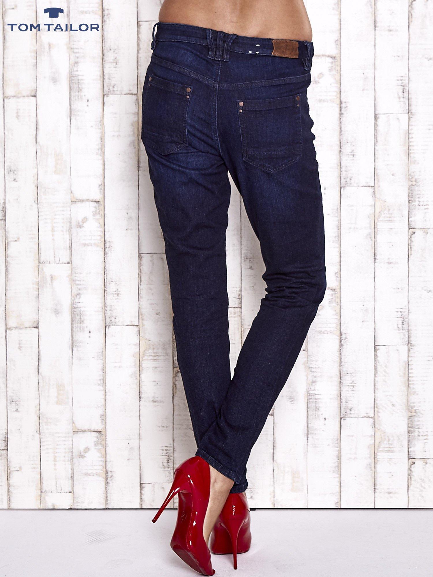 TOM TAILOR Ciemnoniebieskie modułowe spodnie jeansowe                                   zdj.                                  2