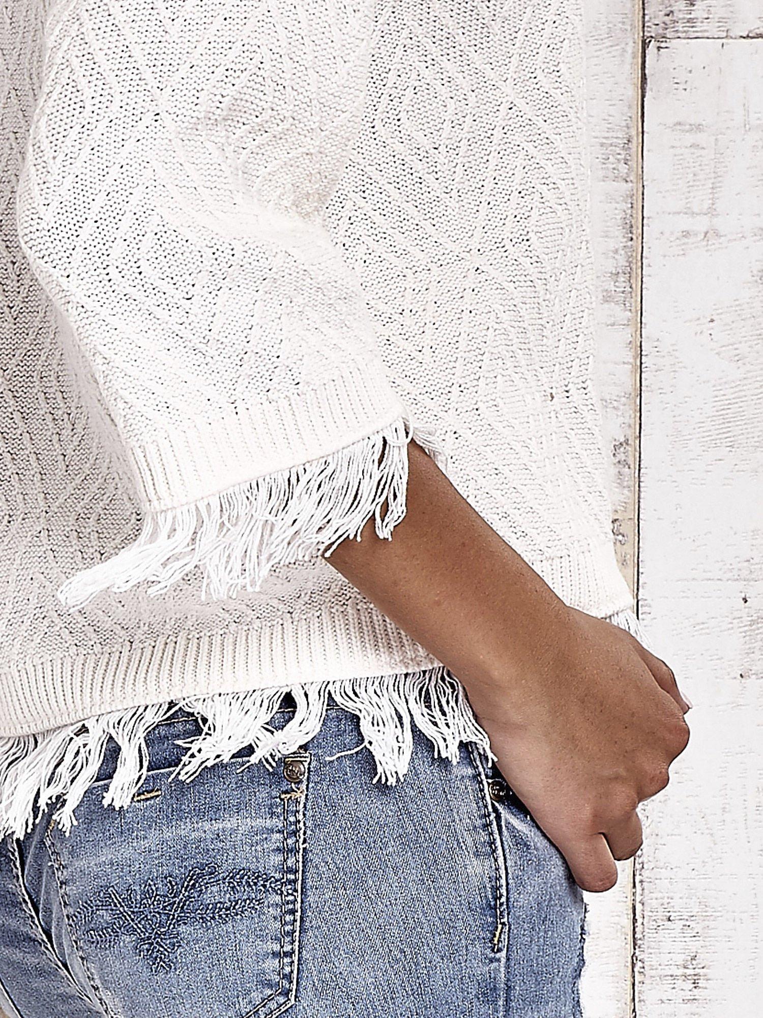 TOM TAILOR Ecru sweter z graficznym wzorem i frędzlami                                  zdj.                                  6