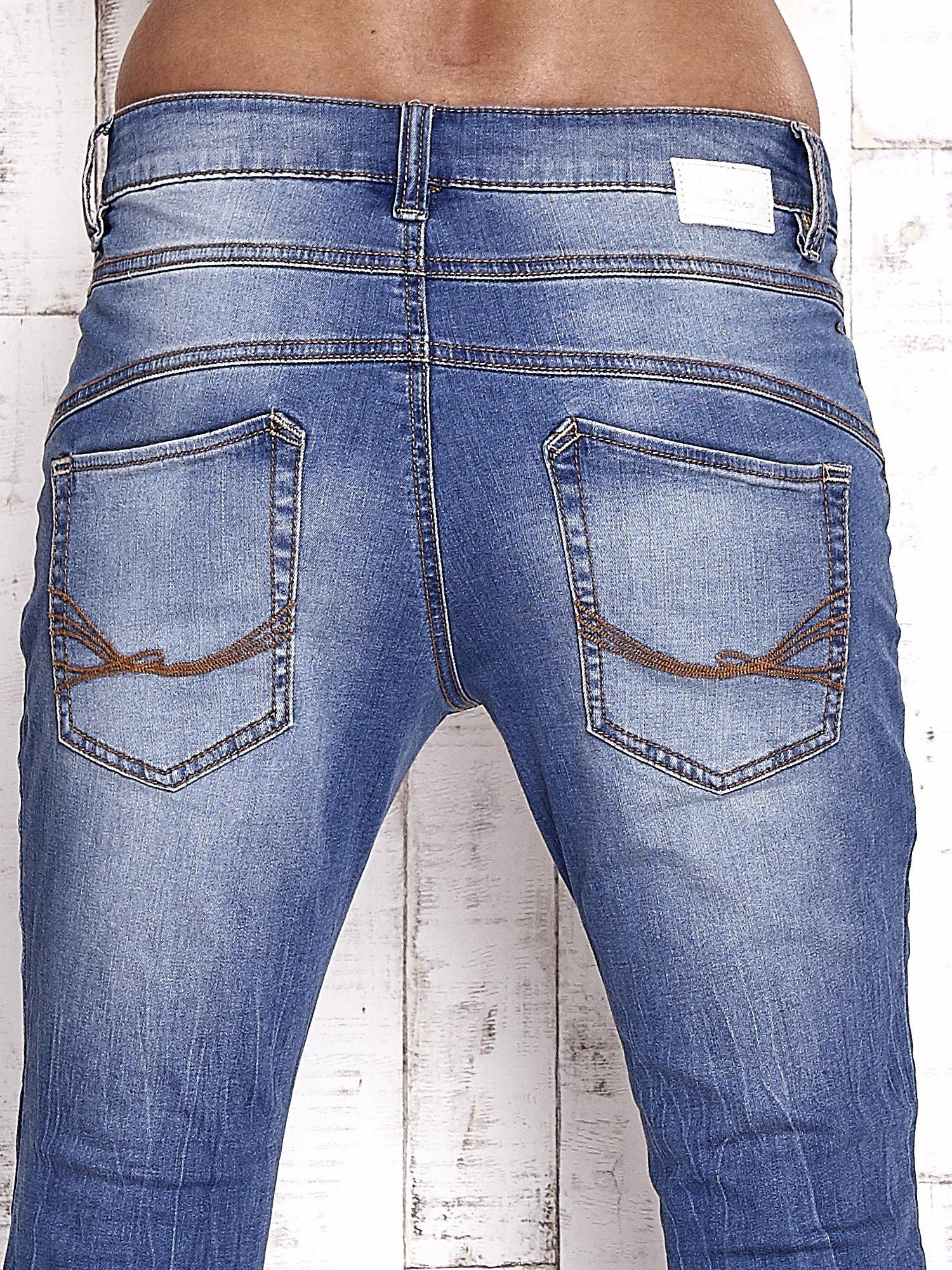 TOM TAILOR Niebieskie spodnie jeansowe tapered z napami                                  zdj.                                  6